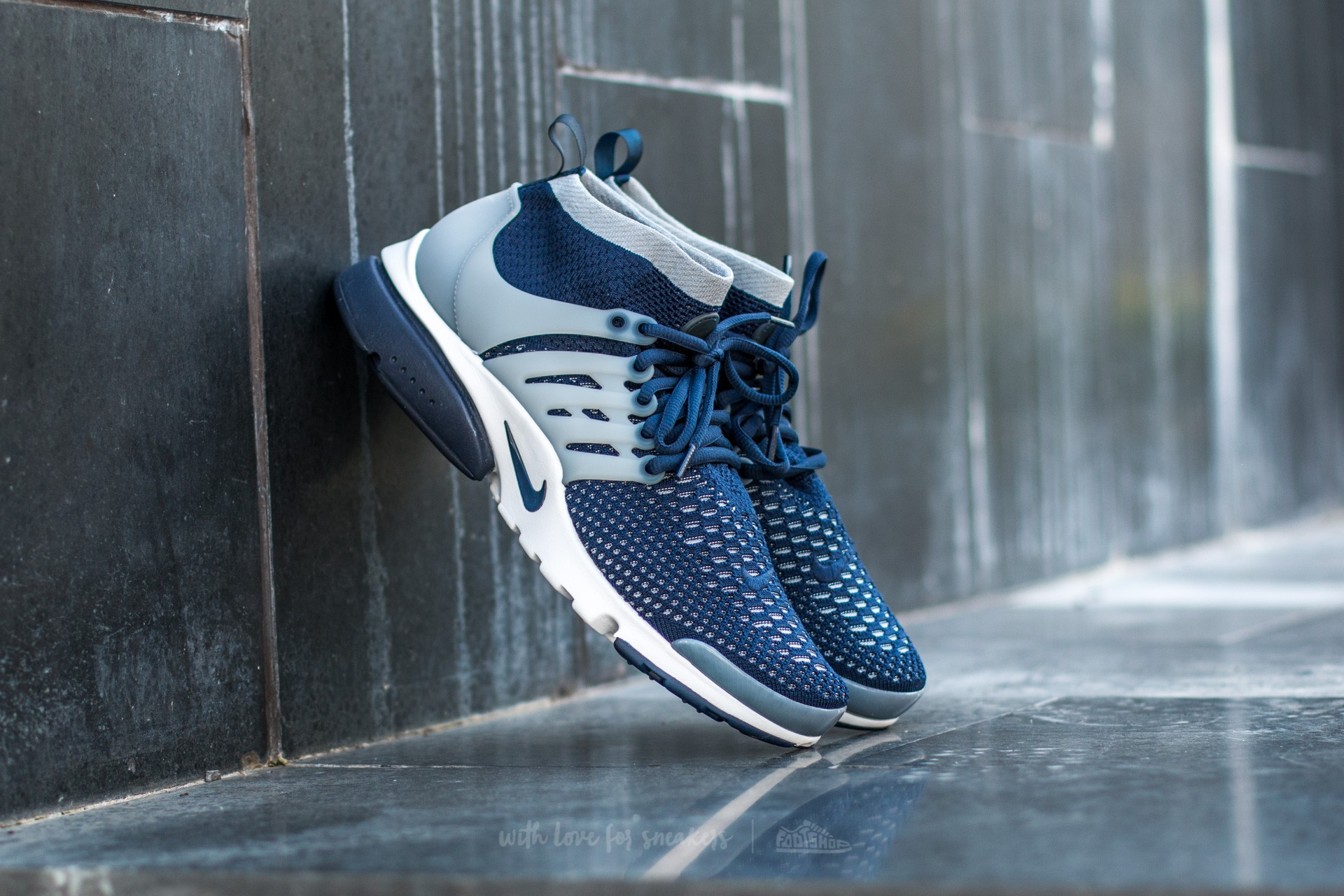90a1df50ce25 Nike Air Presto Flyknit Ultra College. Navy  College Navy-Wolf Grey-White