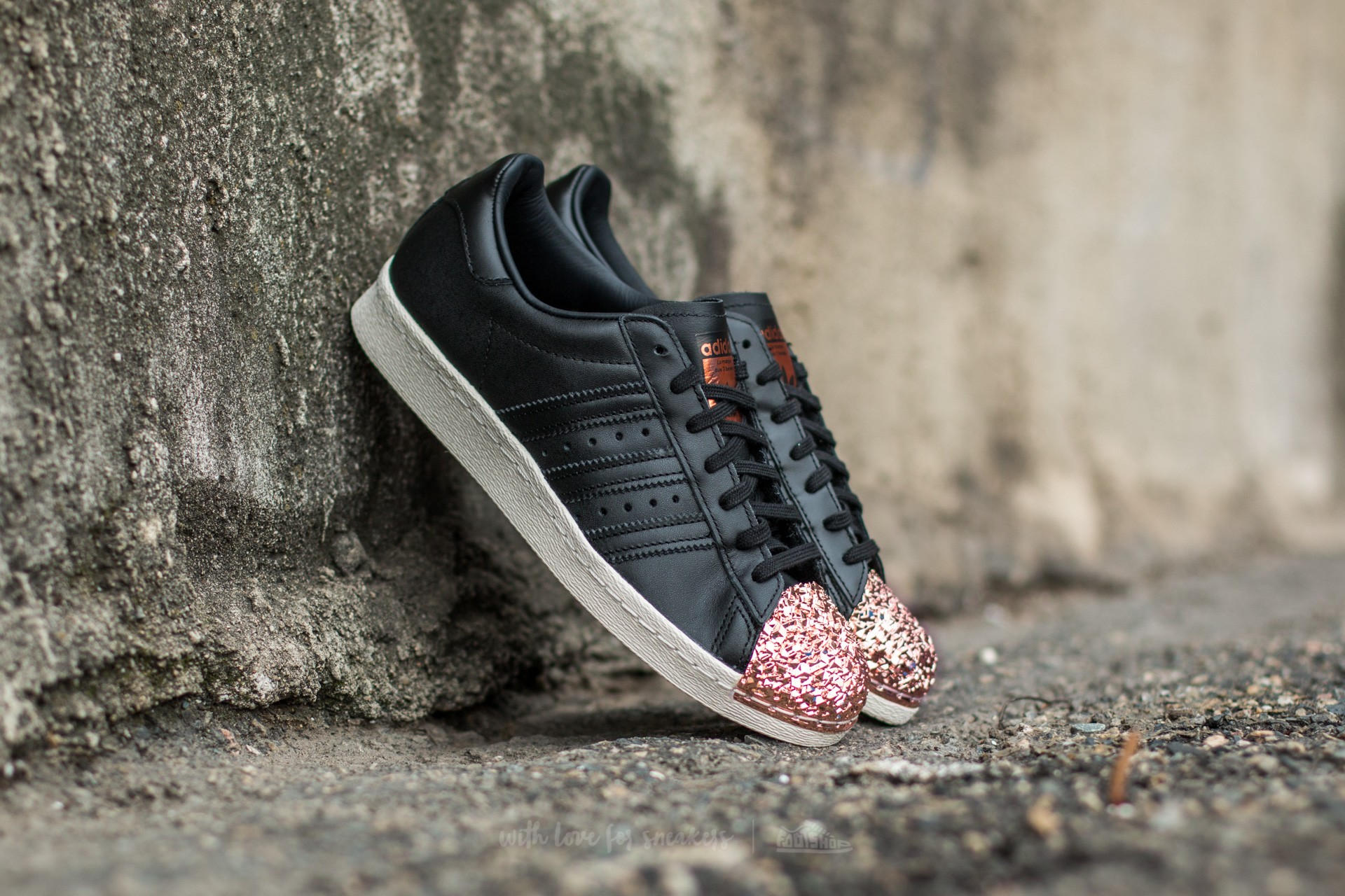 low priced 1c680 4cd4e adidas Superstar 80s Metal Toe TF Core Black Core Black Copper Metal