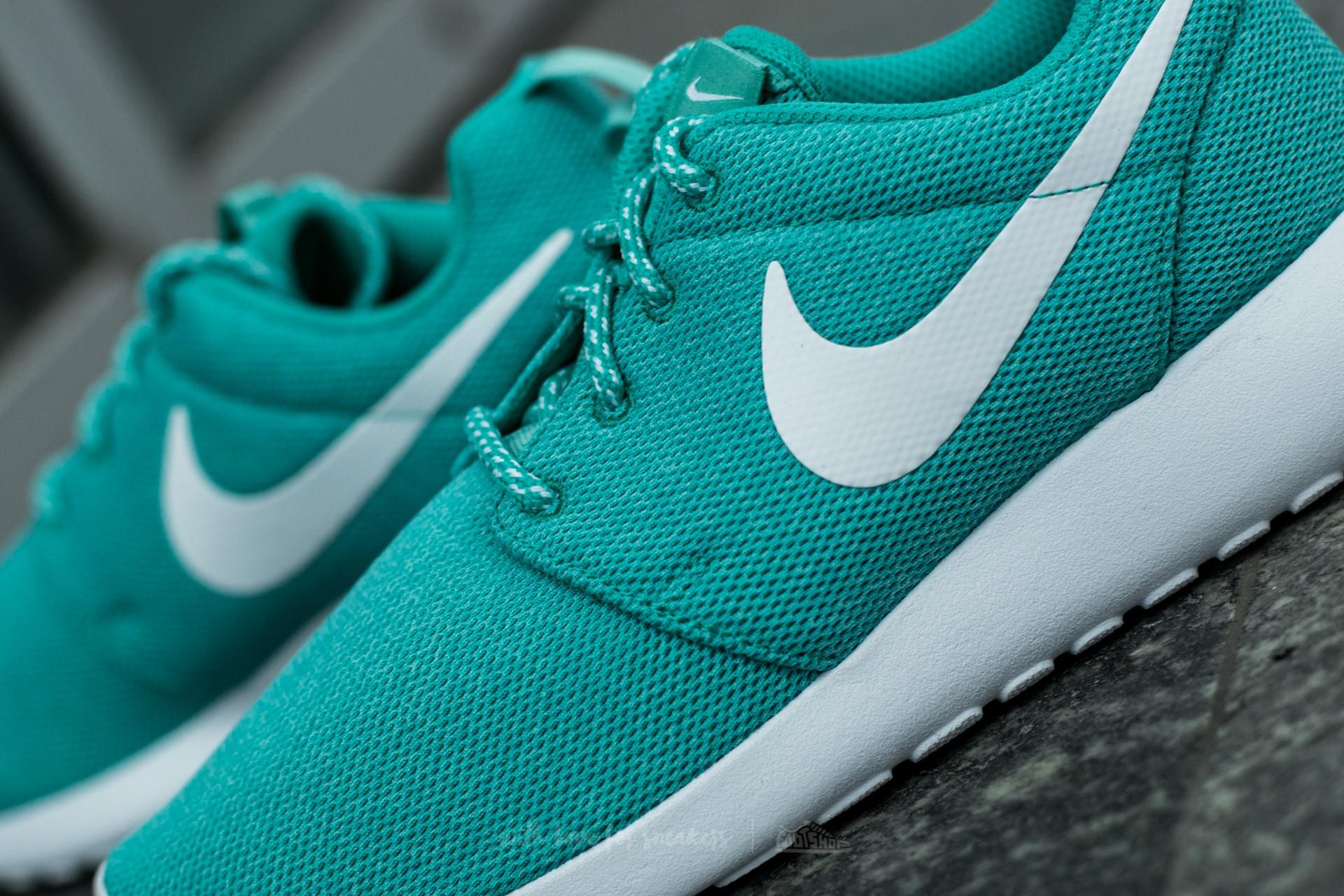 Nike W Roshe One Clear Jade White Hyper Turquoise | Footshop