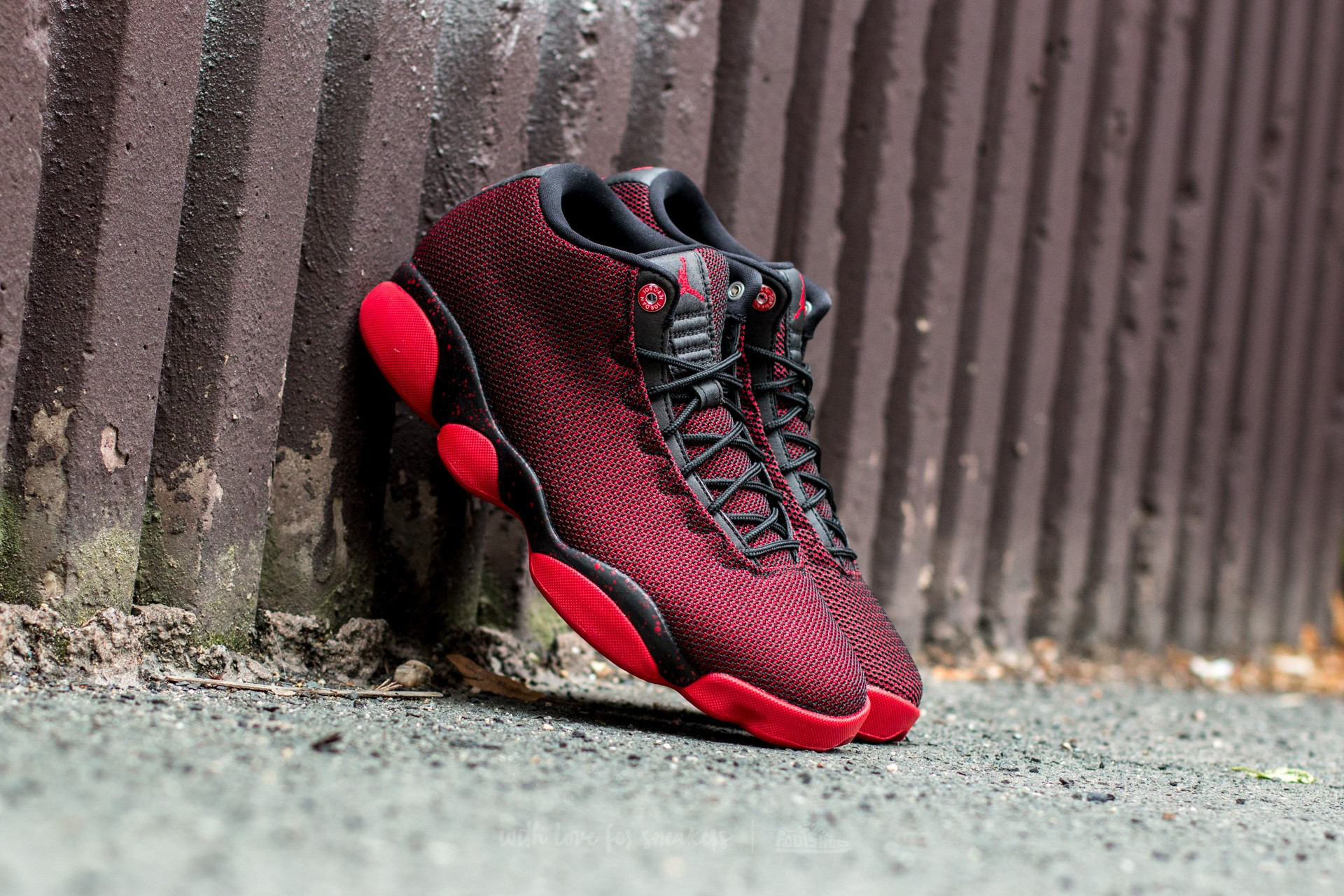 Jordan Horizon Low Black  Gym Red-White  51d6e1fad