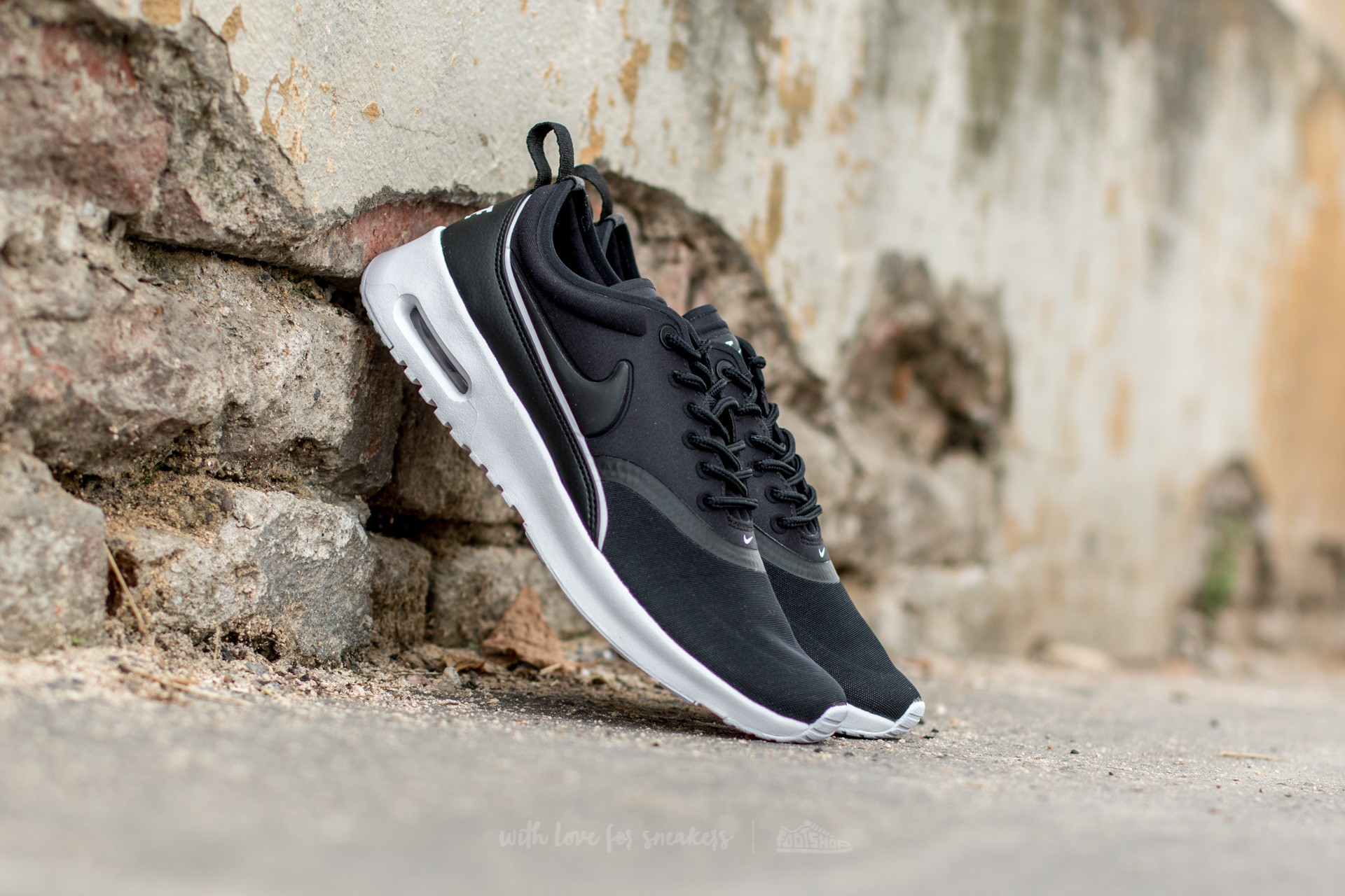 Nike W Air Max Thea Ultra Black  Black-White  aae793be8
