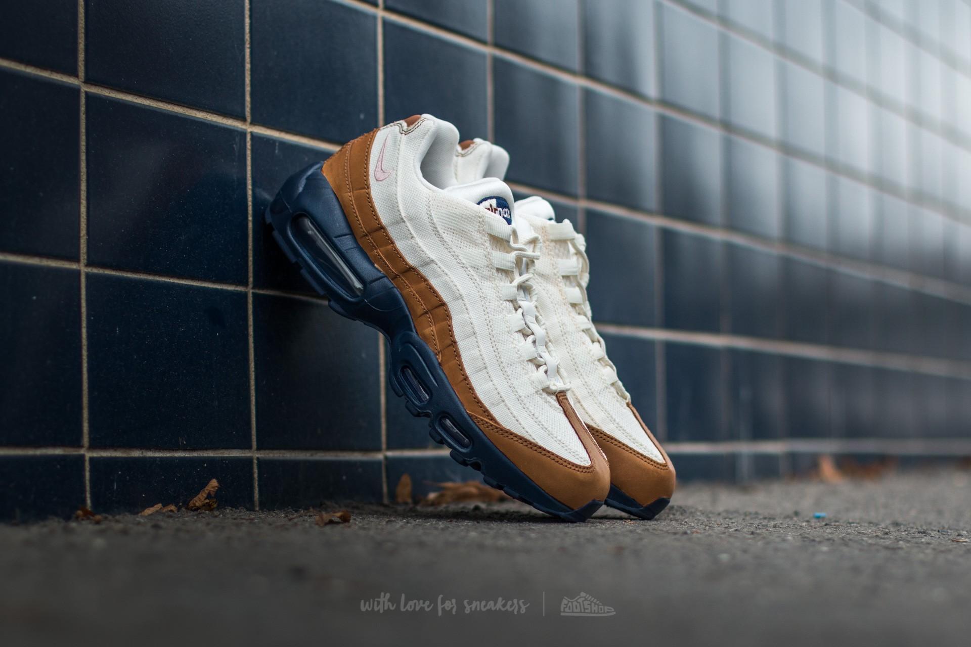size 40 b00b1 022f9 Nike Air Max 95 Premium