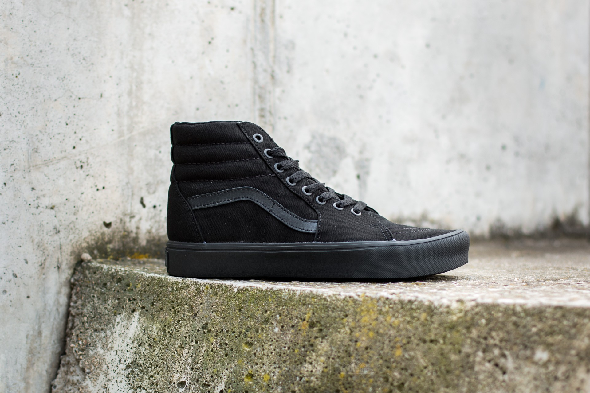 05331c087ae6 Vans Sk8-Hi Lite (Canvas) Black  Black at a great price £