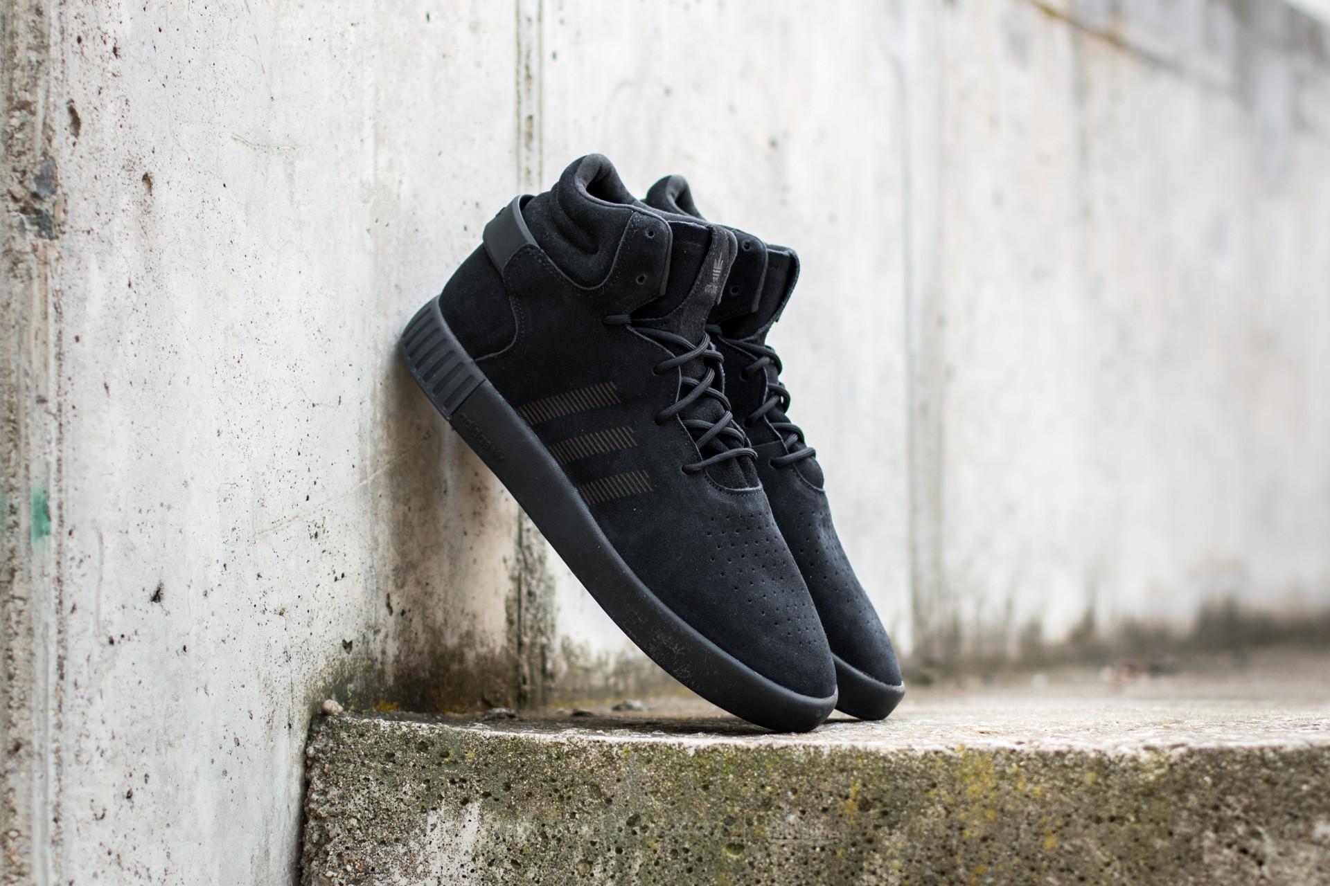 best sneakers 9cf41 448ad adidas Tubular Invader Core Black/ Core Black/ Onix   Footshop