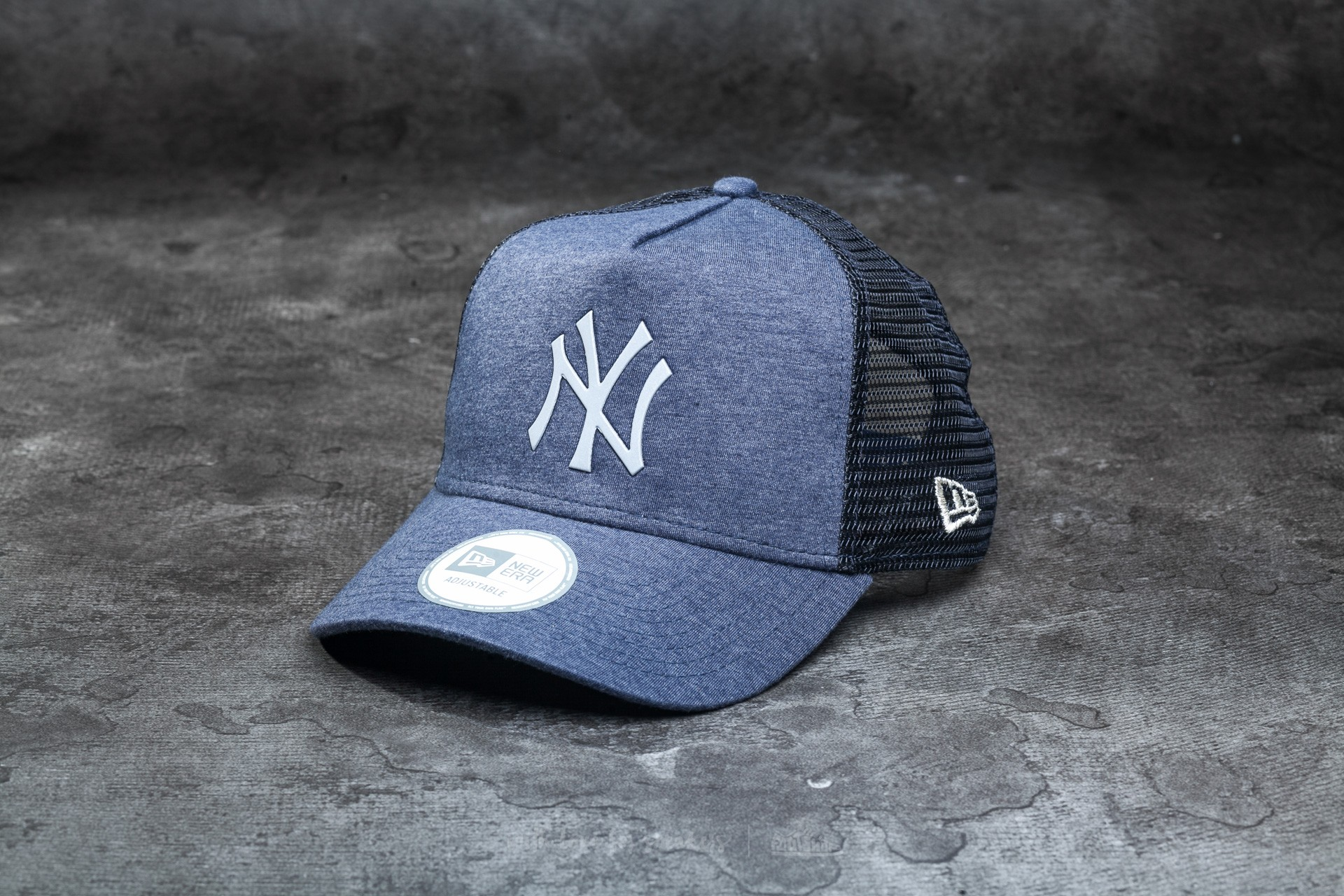 2bcda2621ba573 New Era 9Forty Jersey Major League Baseball 3D Mesh New York Yankees Cap  Navy