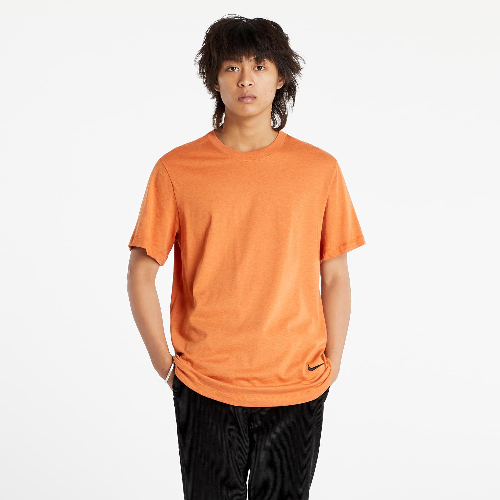 Nike Sportswear M Nsw Tee Sustainability Sport Spice/ Heather/ Black S