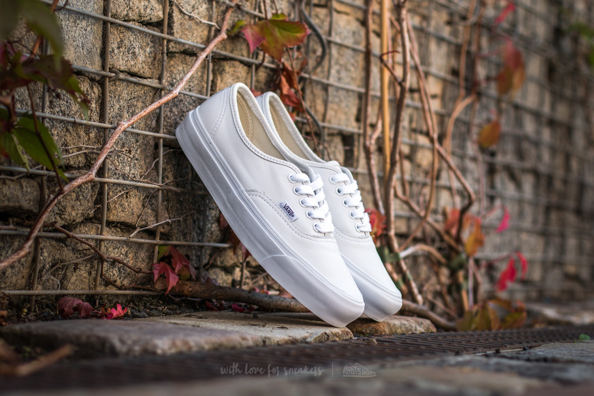 83e962011aaee3 Vans OG Authentic LX VL VLT White at a great price 83 € buy at Footshop