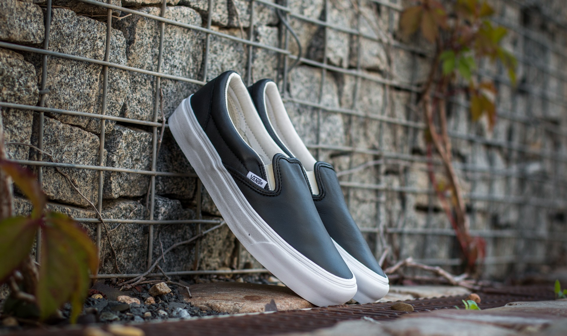 Vans OG Classic Slip-On VLT Black EUR 36