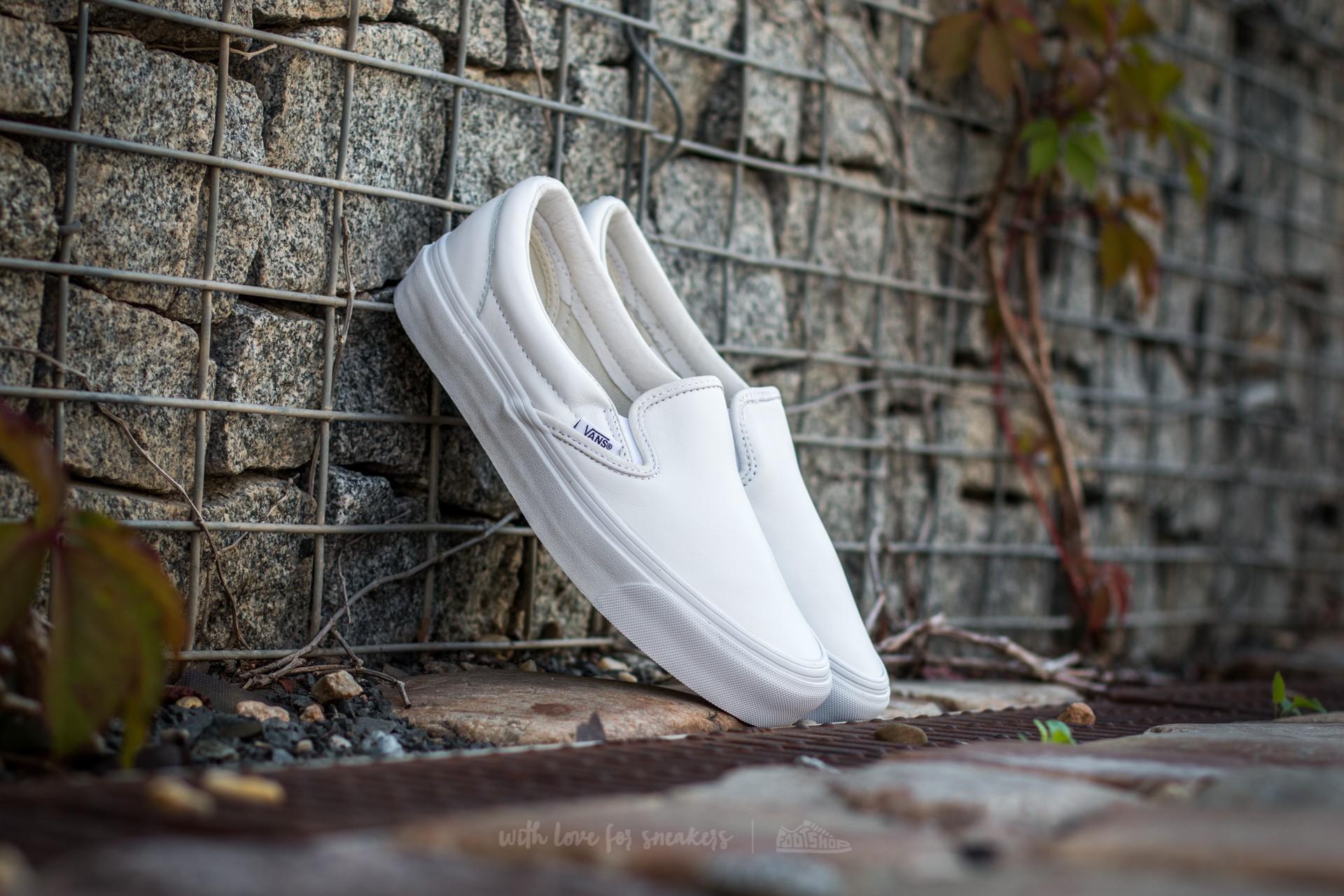 Vans OG Classic Slip-On VLT White za skvělou cenu 2 250 Kč koupíte na Footshop.cz
