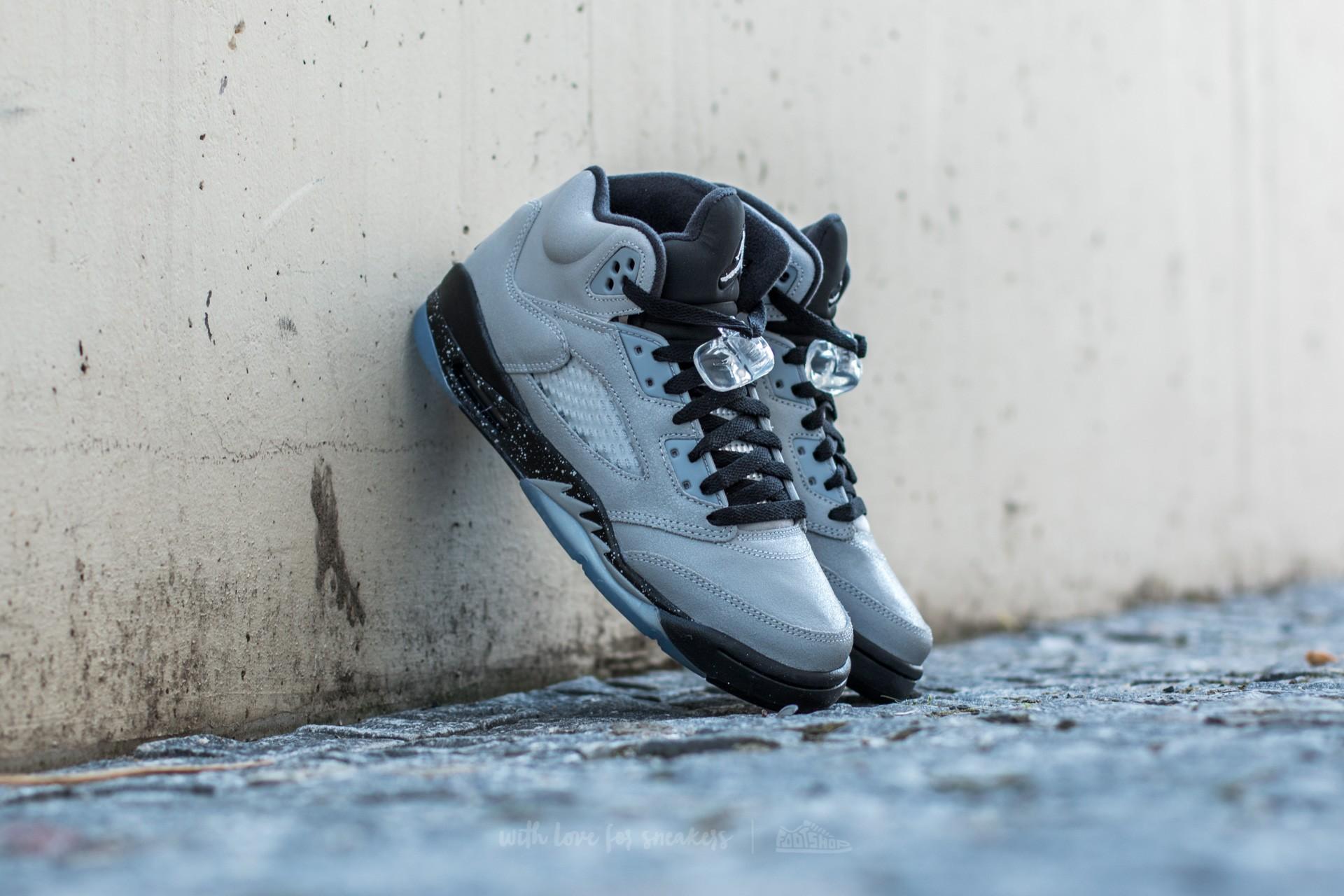 13be45fa1bd69 Air Jordan 5 Retro (GG) Wolf Grey  Black-Black