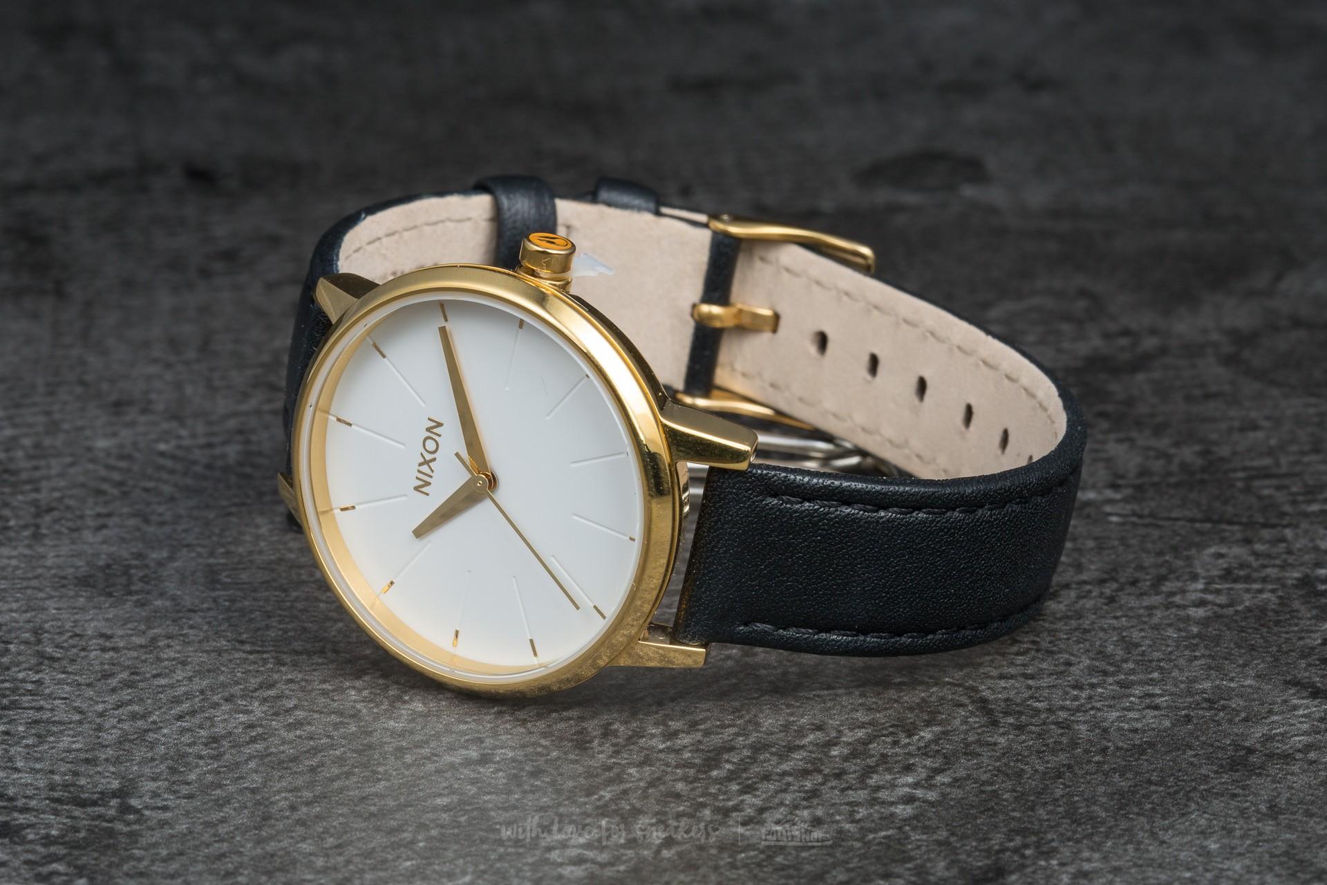 Nixon Kensington Leather Gold/ White/ Black za skvělou cenu 3 290 Kč koupíte na Footshop.cz