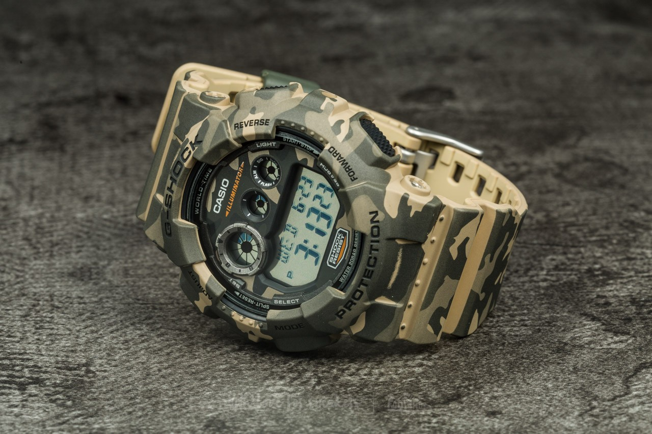G-Shock GD-120CM-5ER  f732f74b7c