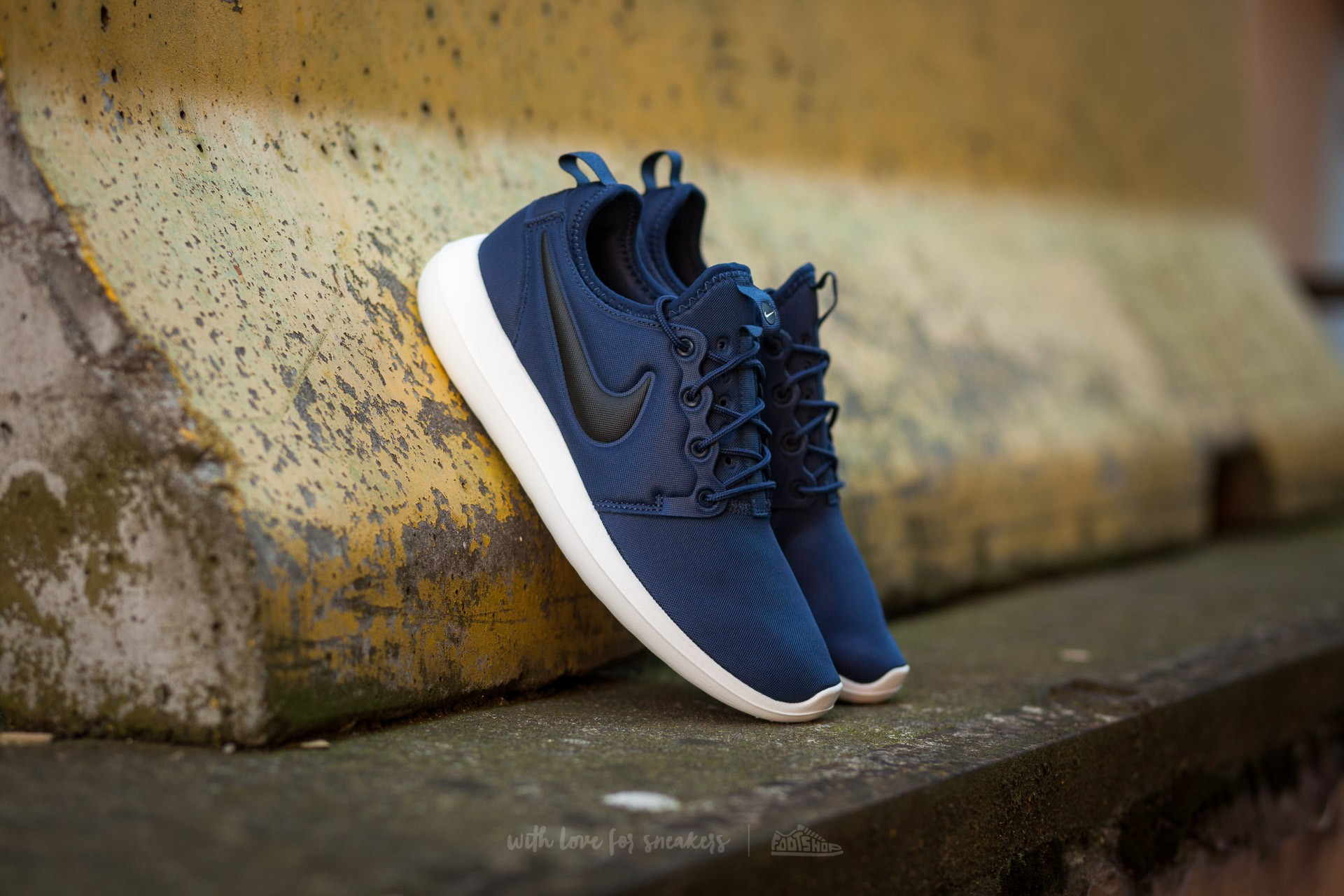 2dd2f8432006 Nike Roshe Two Midnight Navy  Black-Sail-Volt