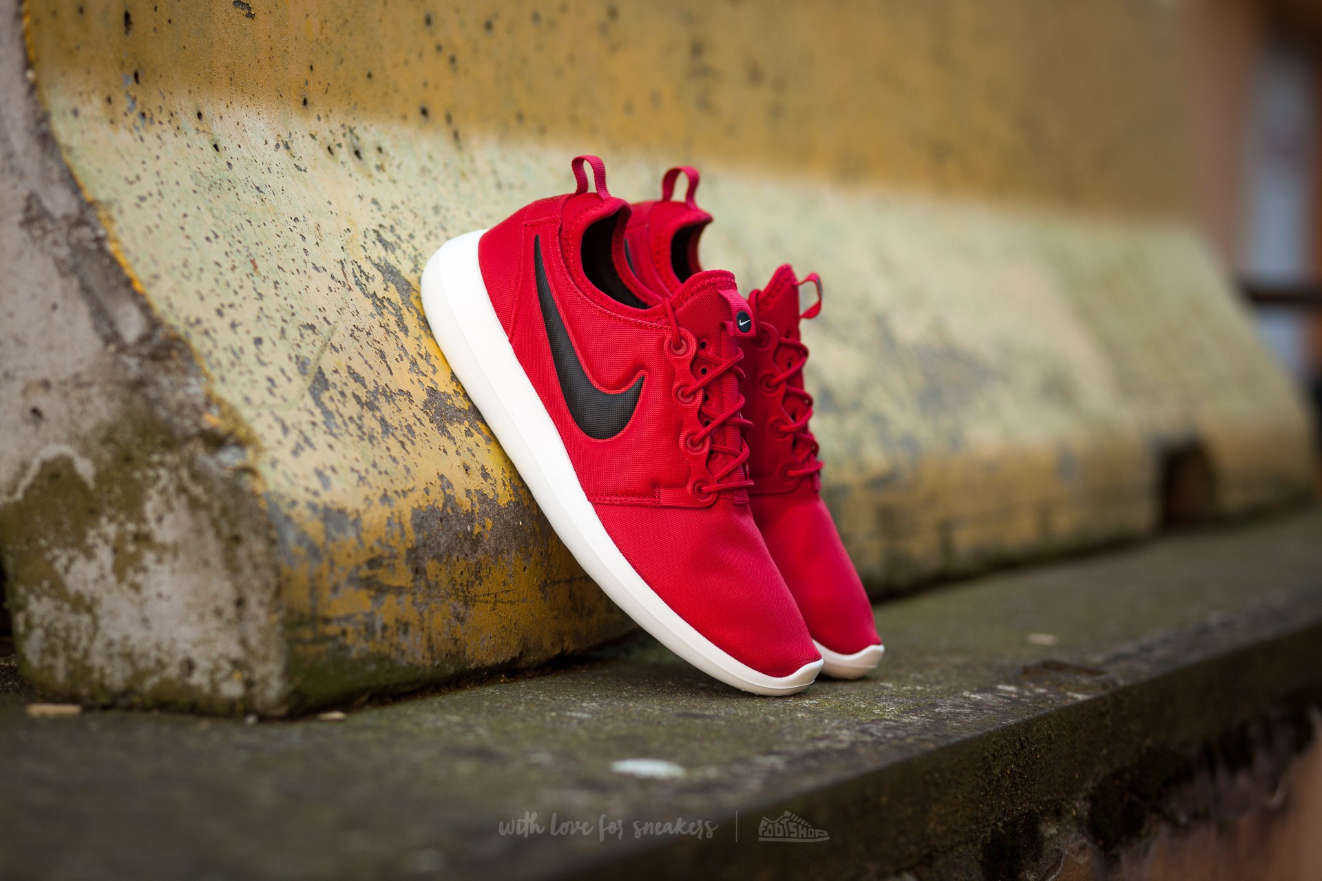 best value 6e3ee ba9fd Nike Roshe Two Gym Red  Black-Sail-Volt   Footshop