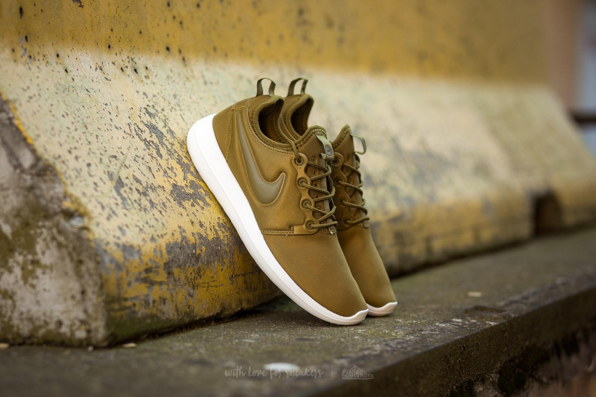 huge discount 03c82 517d2 Nike W Roshe Two Olive Flak/ Olive Flak-Sail-Dark Loden | Footshop