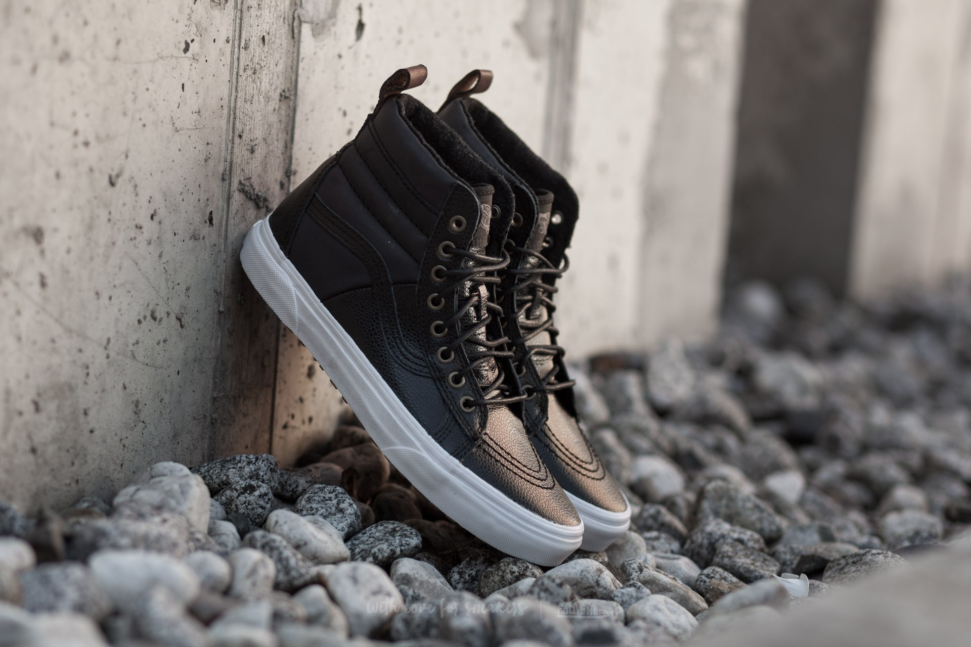 Vans Sk8-Hi 46 MTE (Pebble Leather) Black  fe981e255