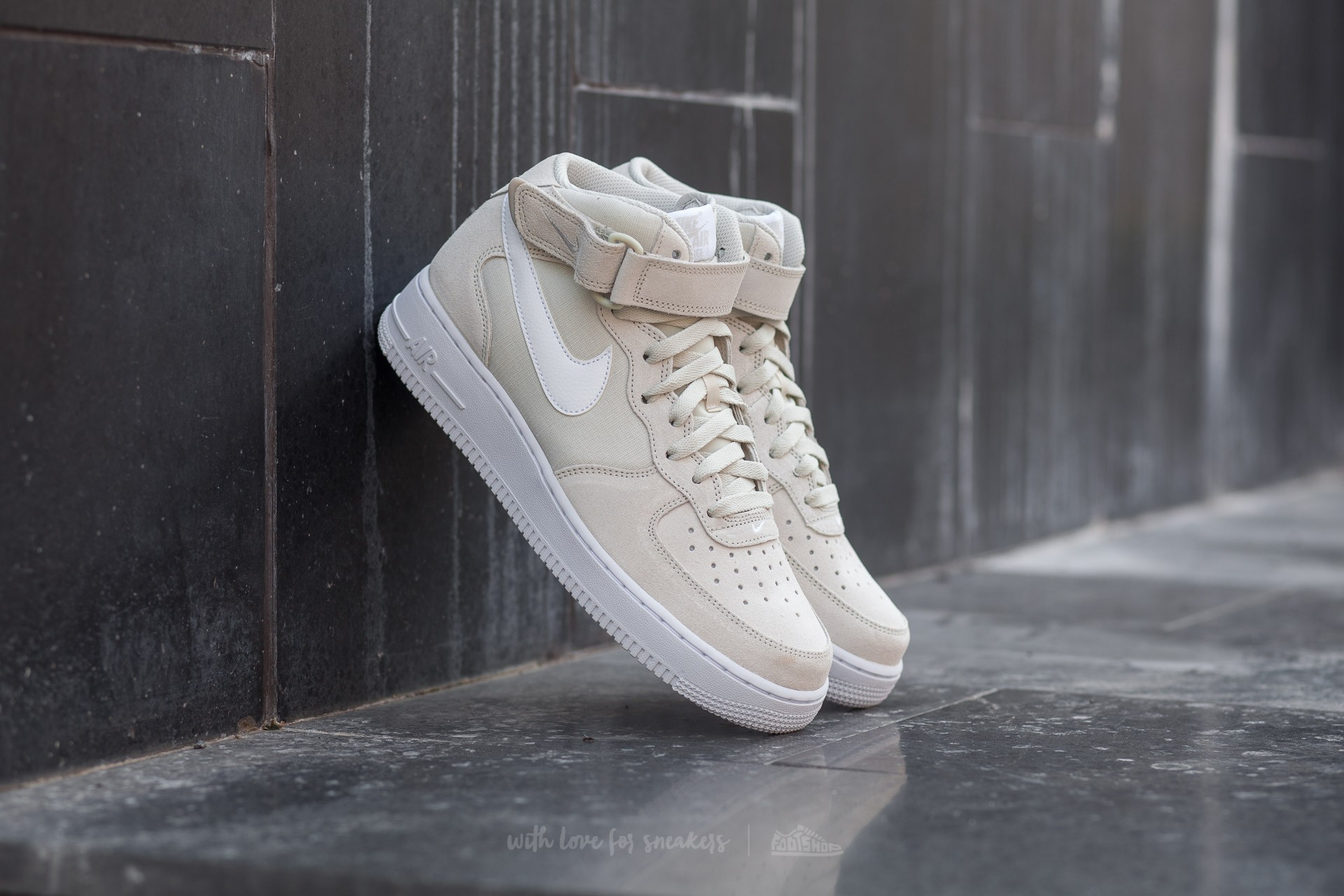 official photos ee17a 78ef6 Nike Air Force 1 Mid ´07