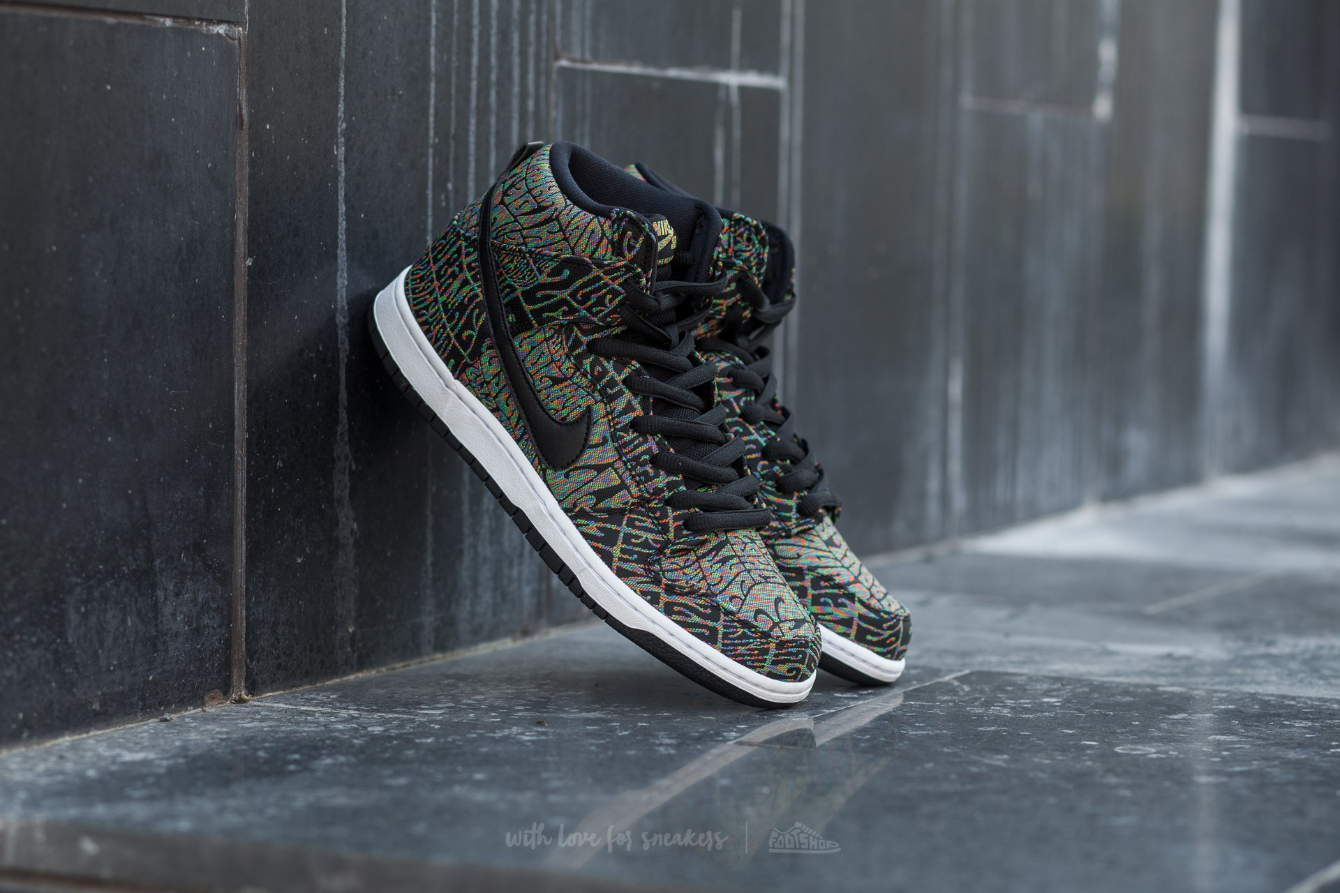 pretty nice 7cde3 249ab Nike Dunk High Premium SB Black/ Black-Rainbow-White | Footshop