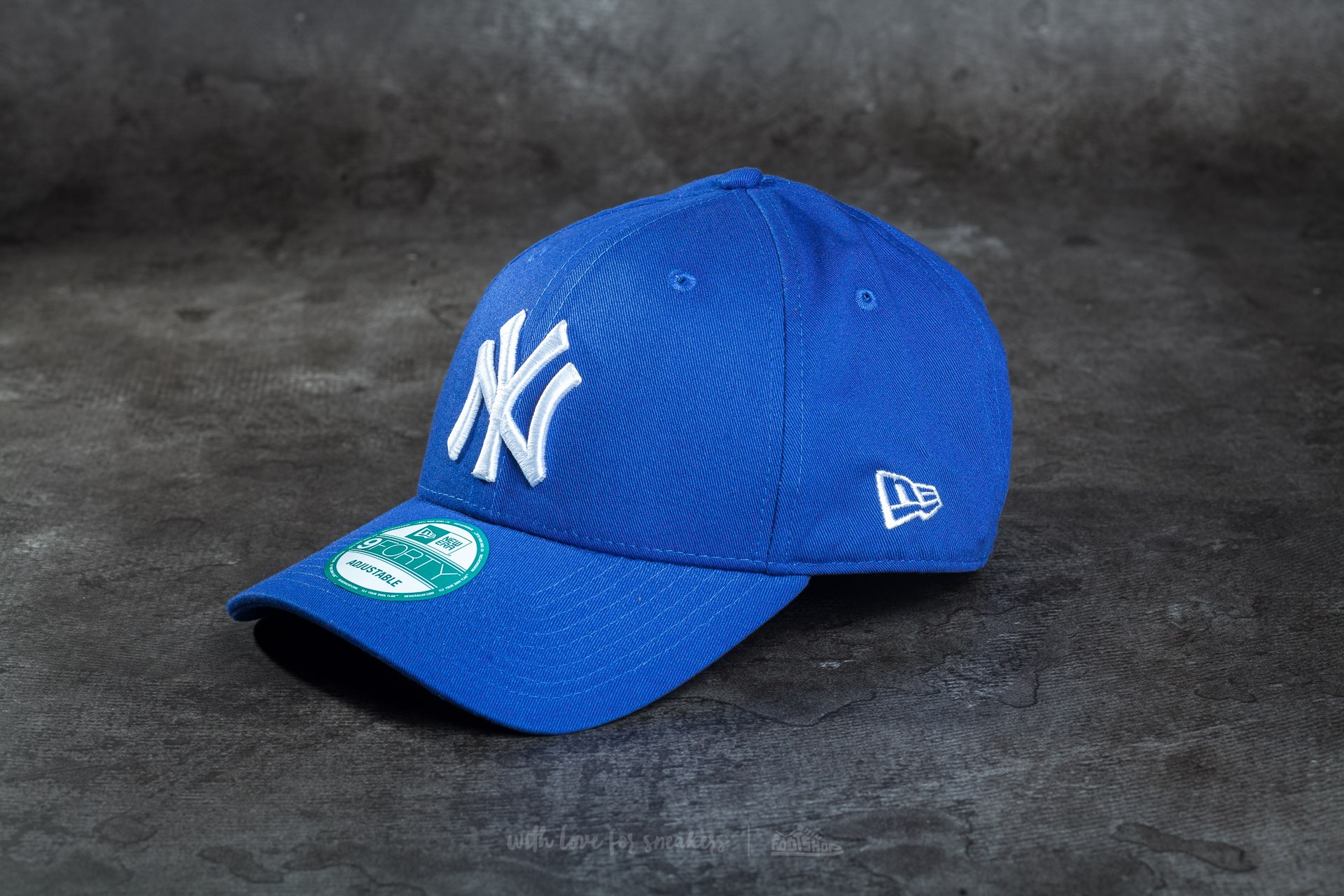 1a604fdf517 New Era JD 9Forty Adjustable New York Yankees Cap Blue  White ...