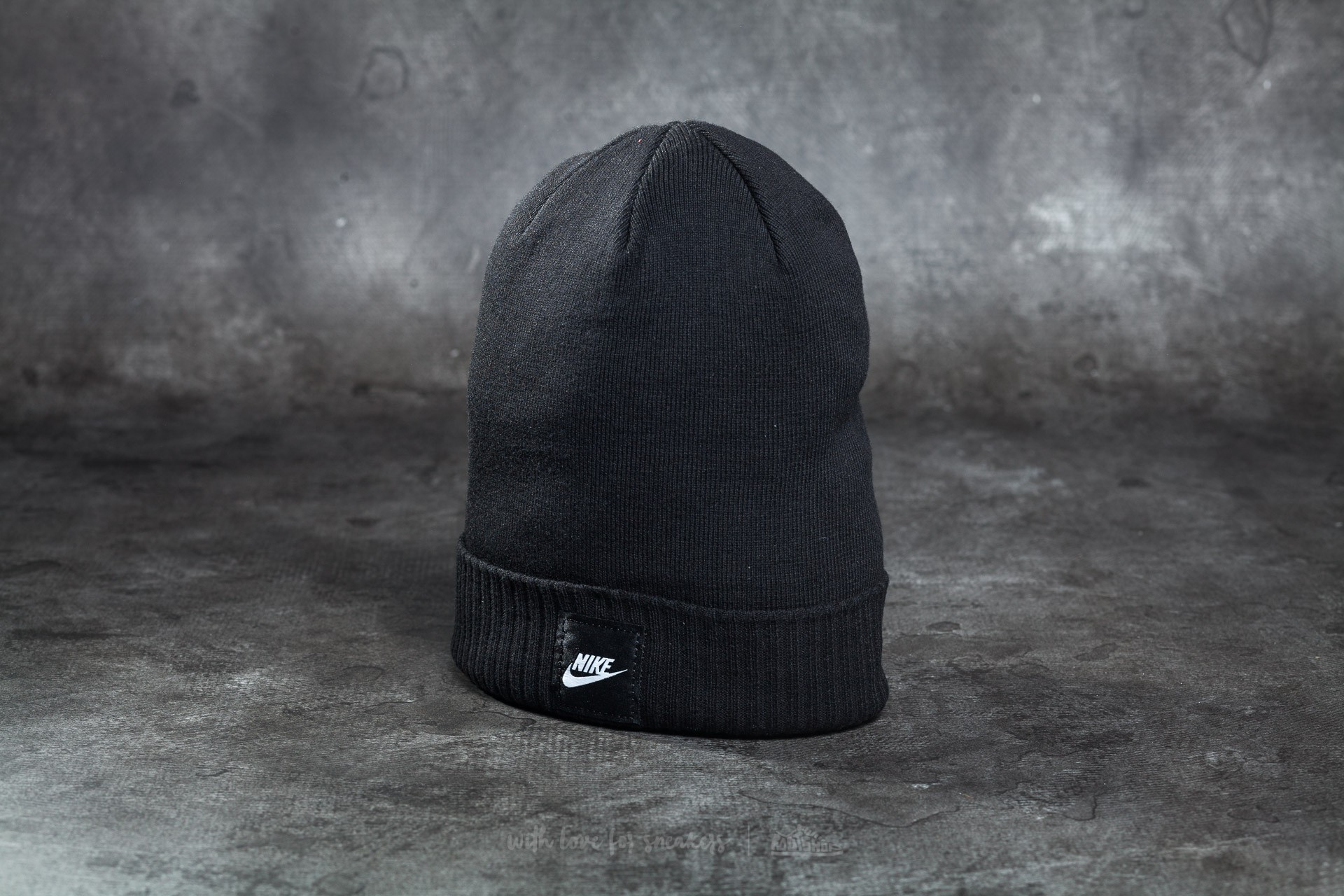 b76996f4667 Nike Futura Beanie Black