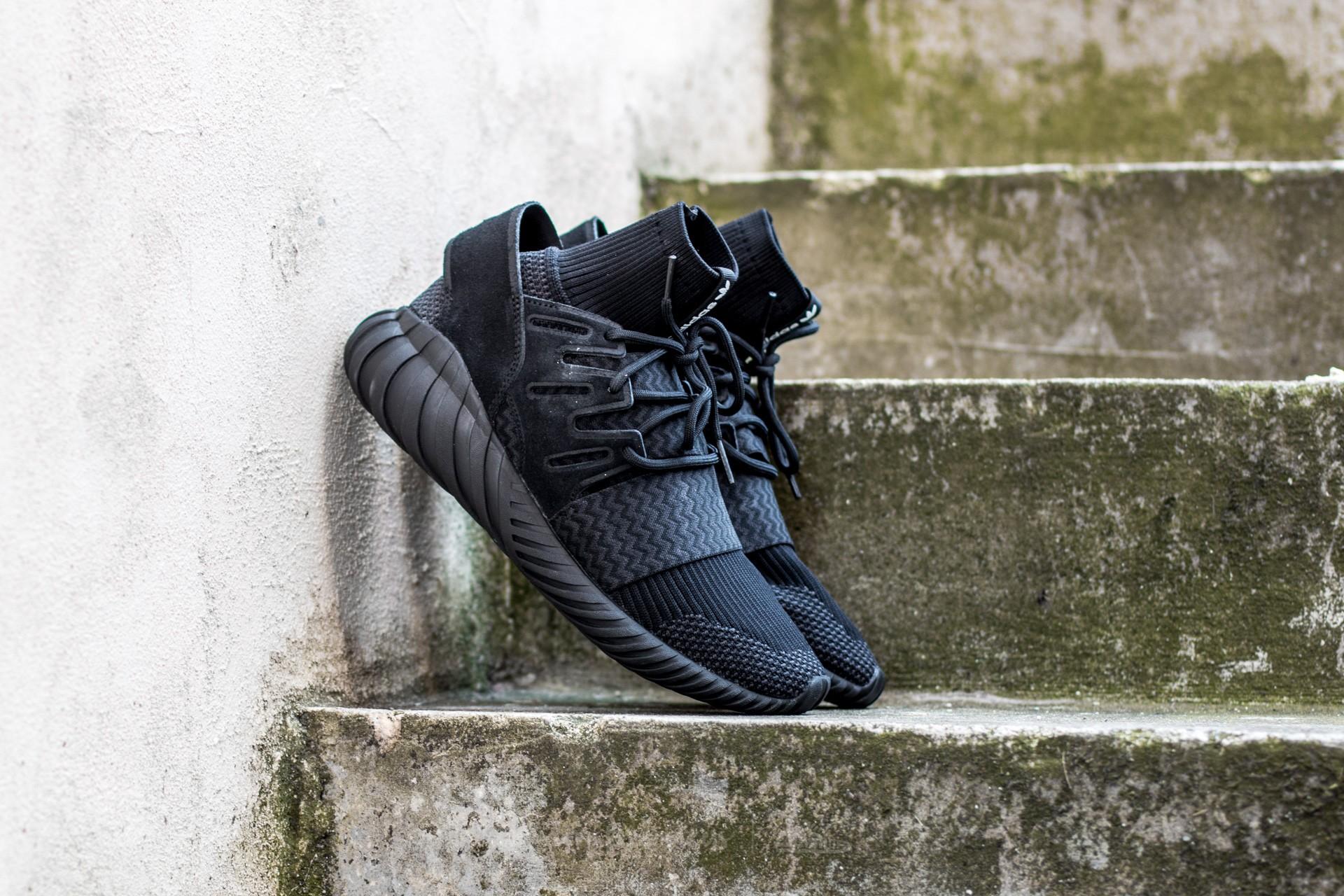 La nuestra recuerda alfiler  Men's shoes adidas Tubular Doom PK Core Black/ Night Grey/ Ftw White