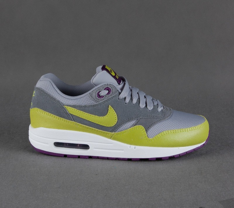 Nike WMNS Air Max 1 Essential Wlf Gry/Vnm Grn-Cl Gry Brght
