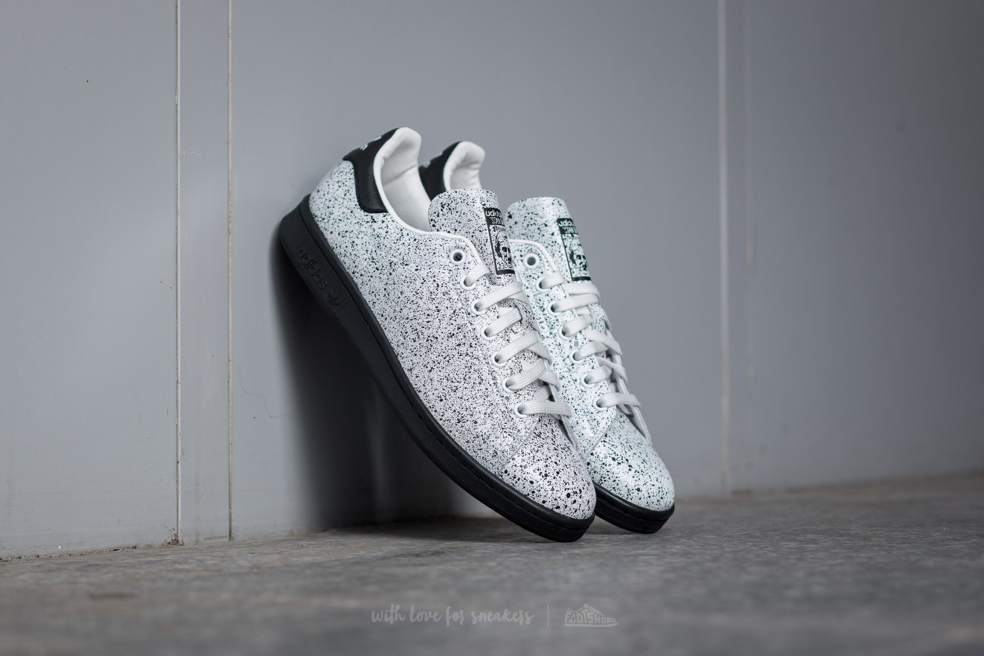 adidas Stan Smith Crystal White  Crystal White  Core Black  9b38d591b5