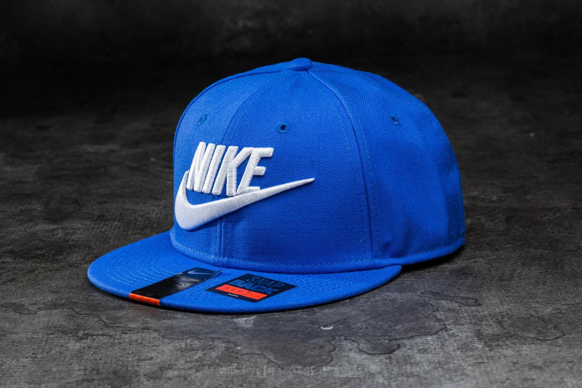 dab3d198643 Nike Futura True Red Snapback Royal Blue