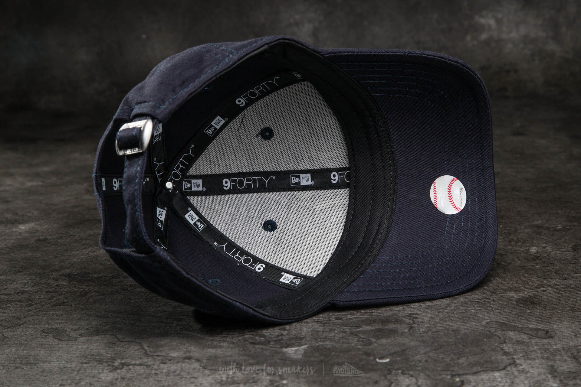 a1ec7e3bb0e New Era K 9Forty Child Adjustable Major League Baseball New York Yankees Cap  Navy  White