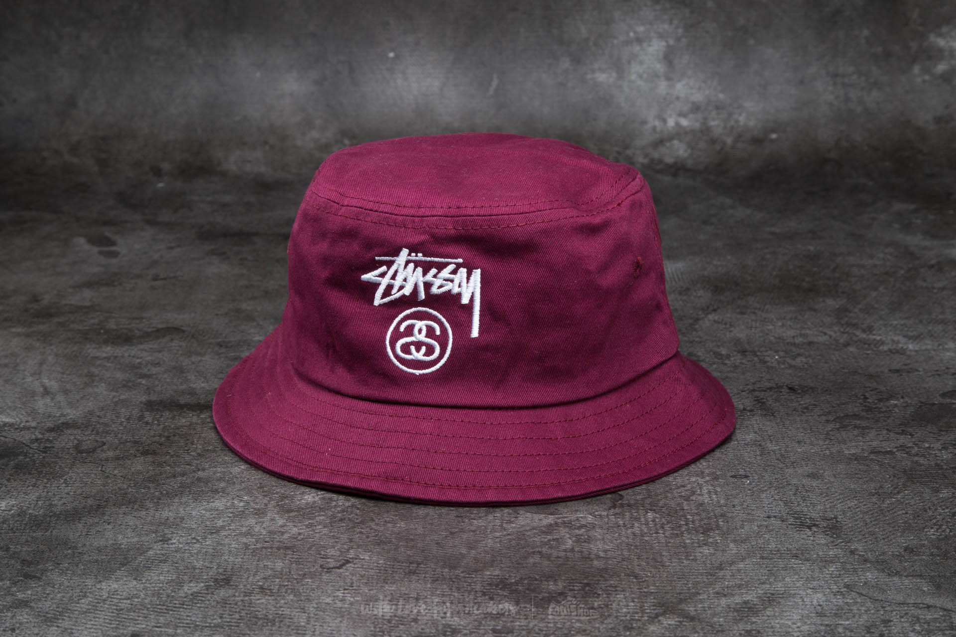 c61364b5cf2 Stüssy Stock Lock Sp15 Bucket Hat Burgundy