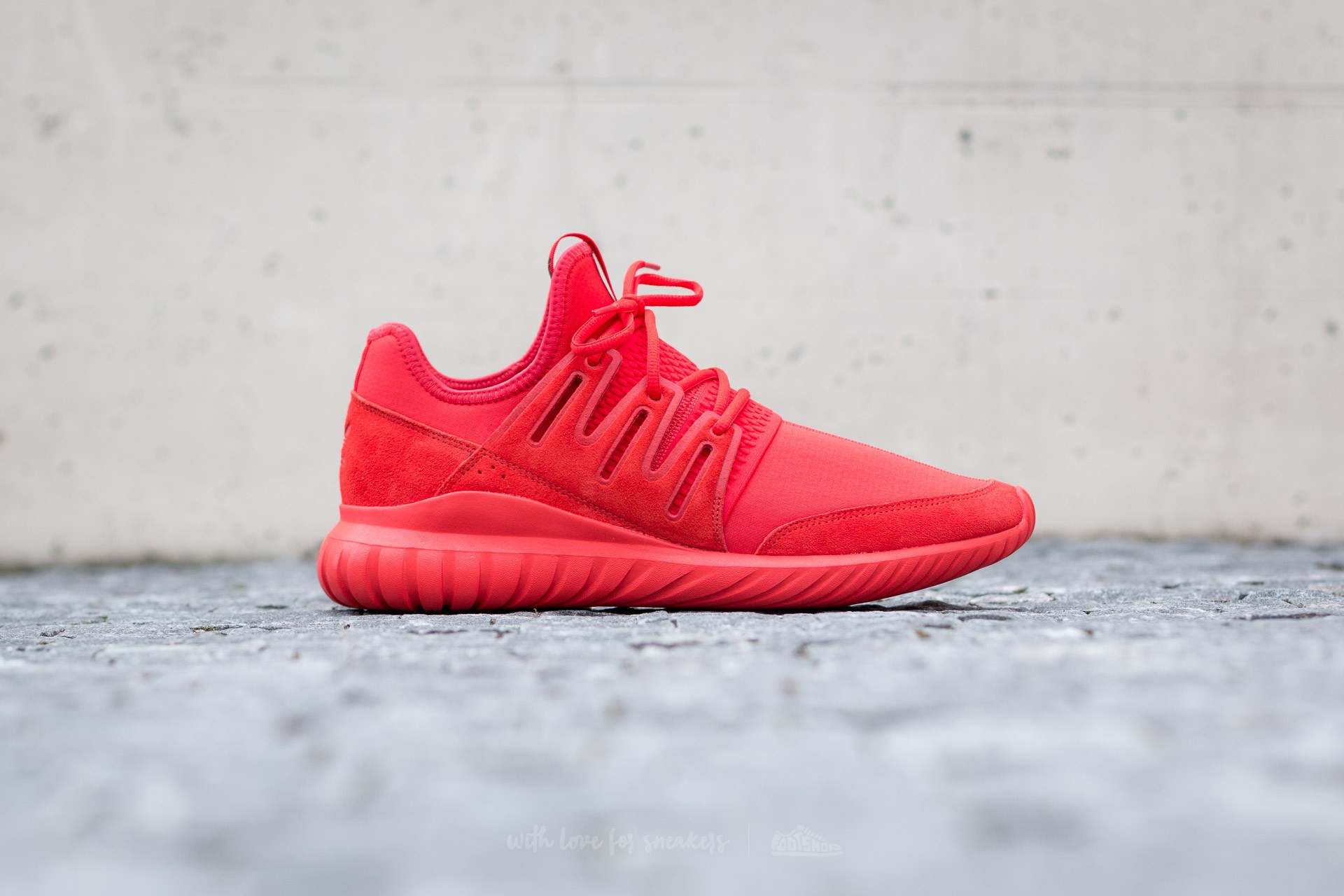 low priced 34910 e0458 adidas Tubular Radial Red/ Red/ Core Black | Footshop