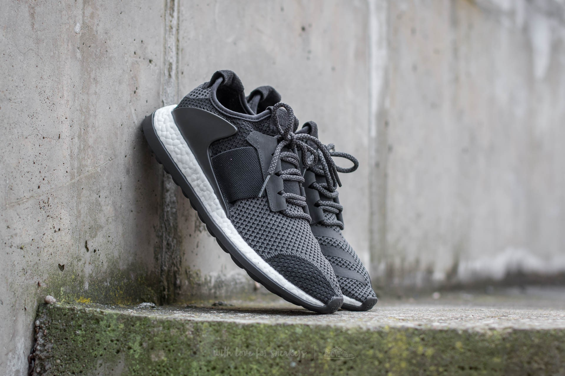 024bb34e9 adidas Pure Boost ZG Core Black  Charcoal  FTW White