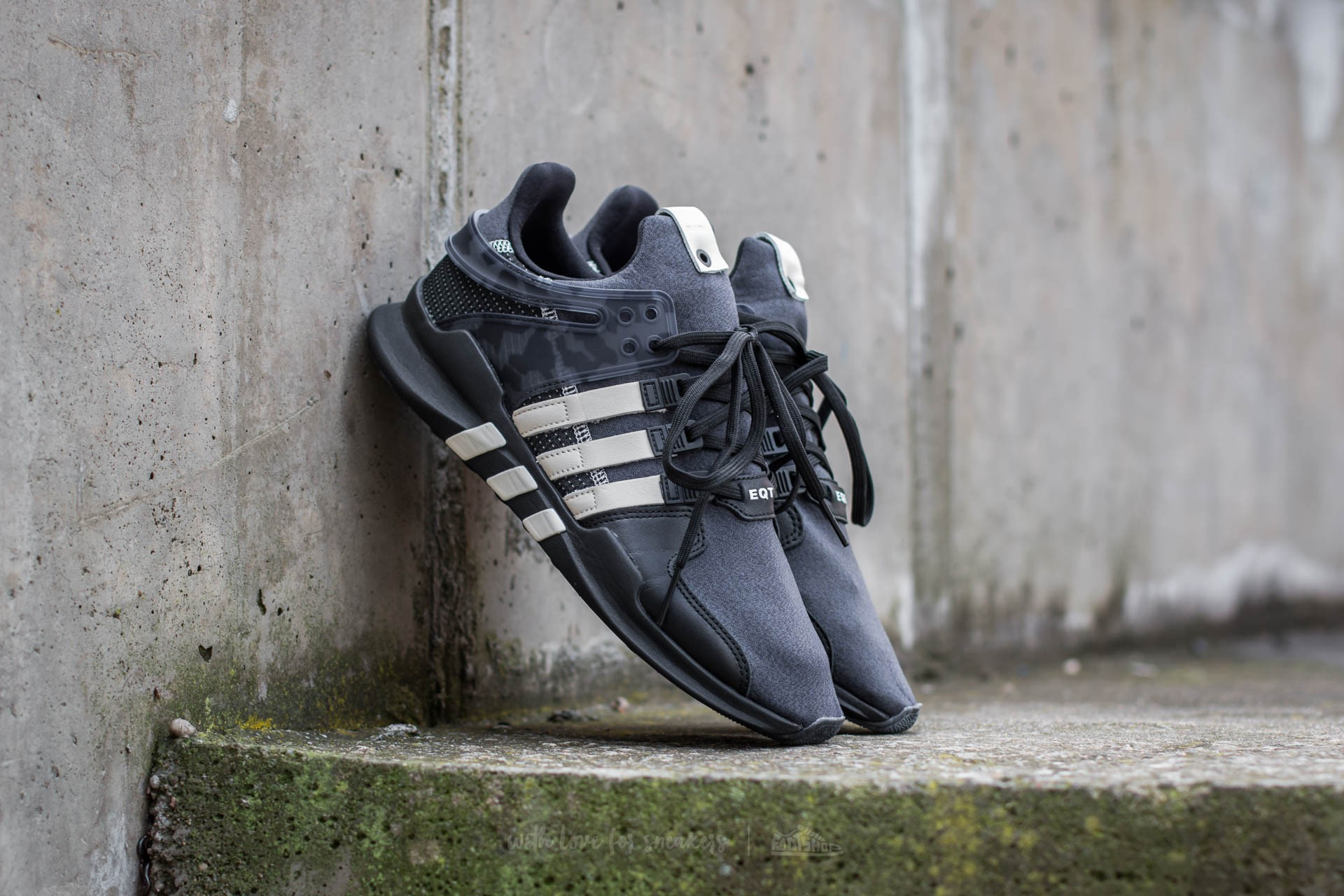 timeless design dbf21 43657 adidas x Undefeated Equipment Support ADV Core Black/ Cream White/ Dark  Grey | Footshop