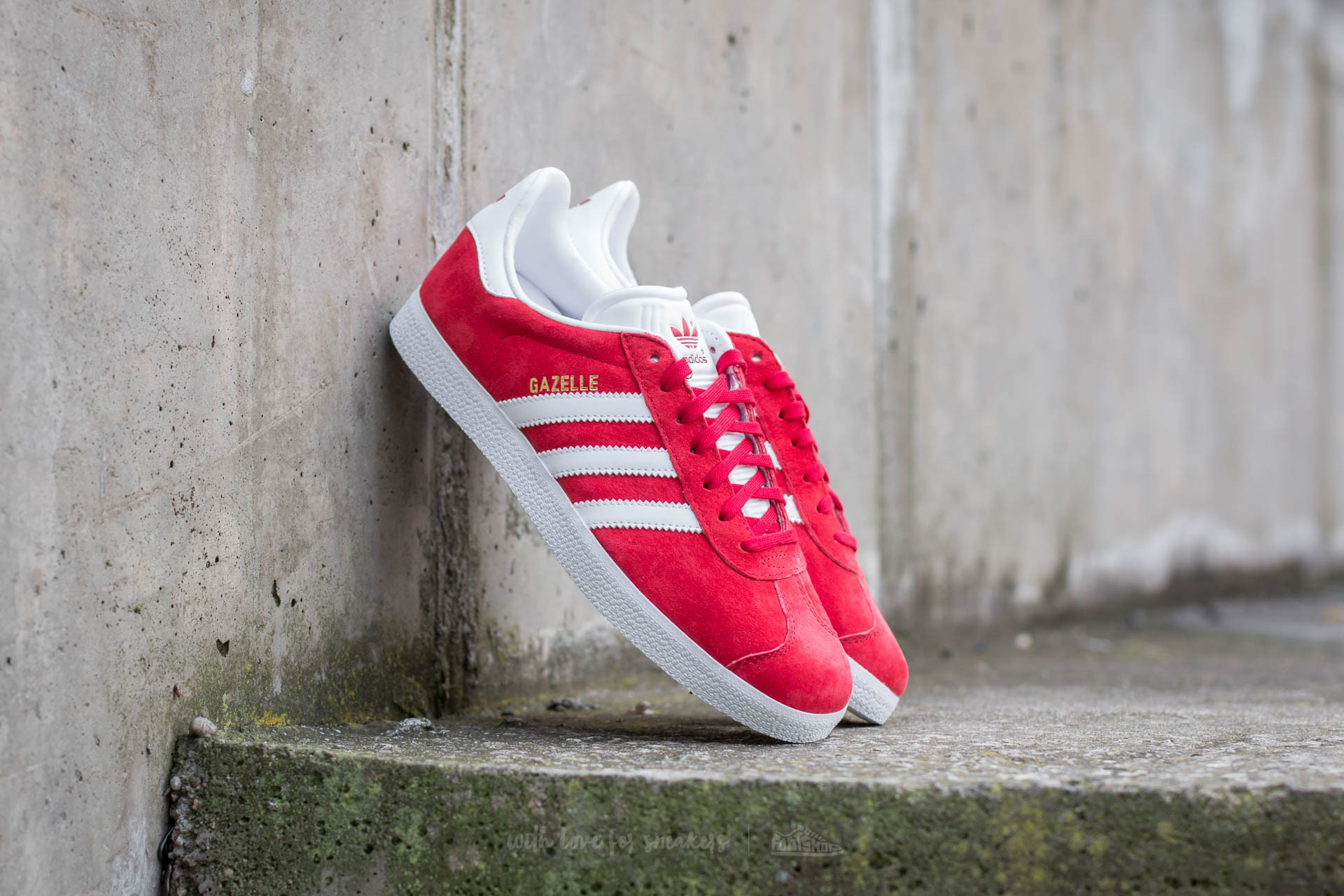 new product f5353 8ee74 adidas Gazelle Power Red White Gold Metallic  Footshop