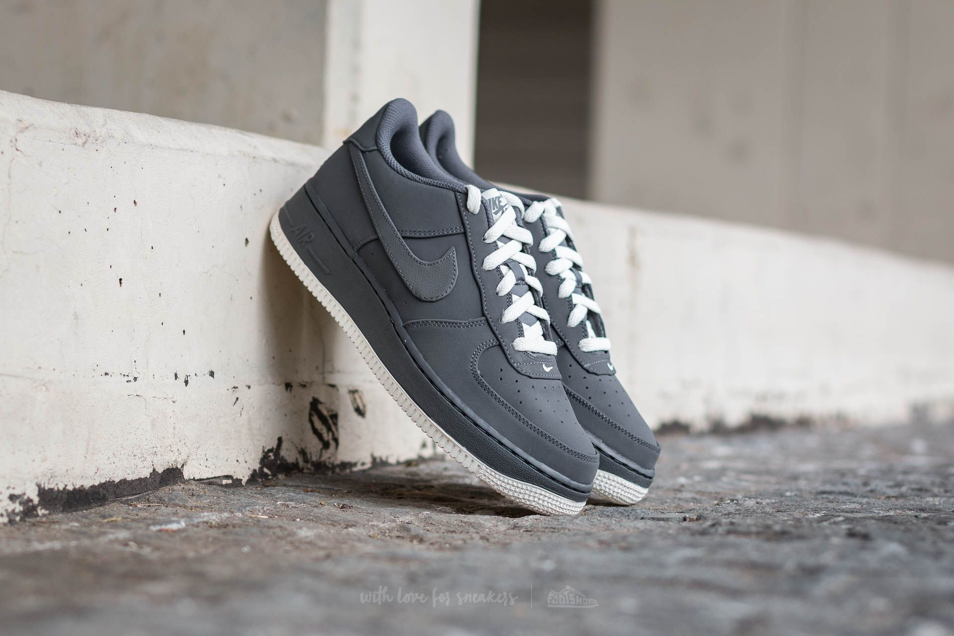 6f7577df2e239 Nike Air Force 1 (GS) Dark Grey  Dark Grey-Sail