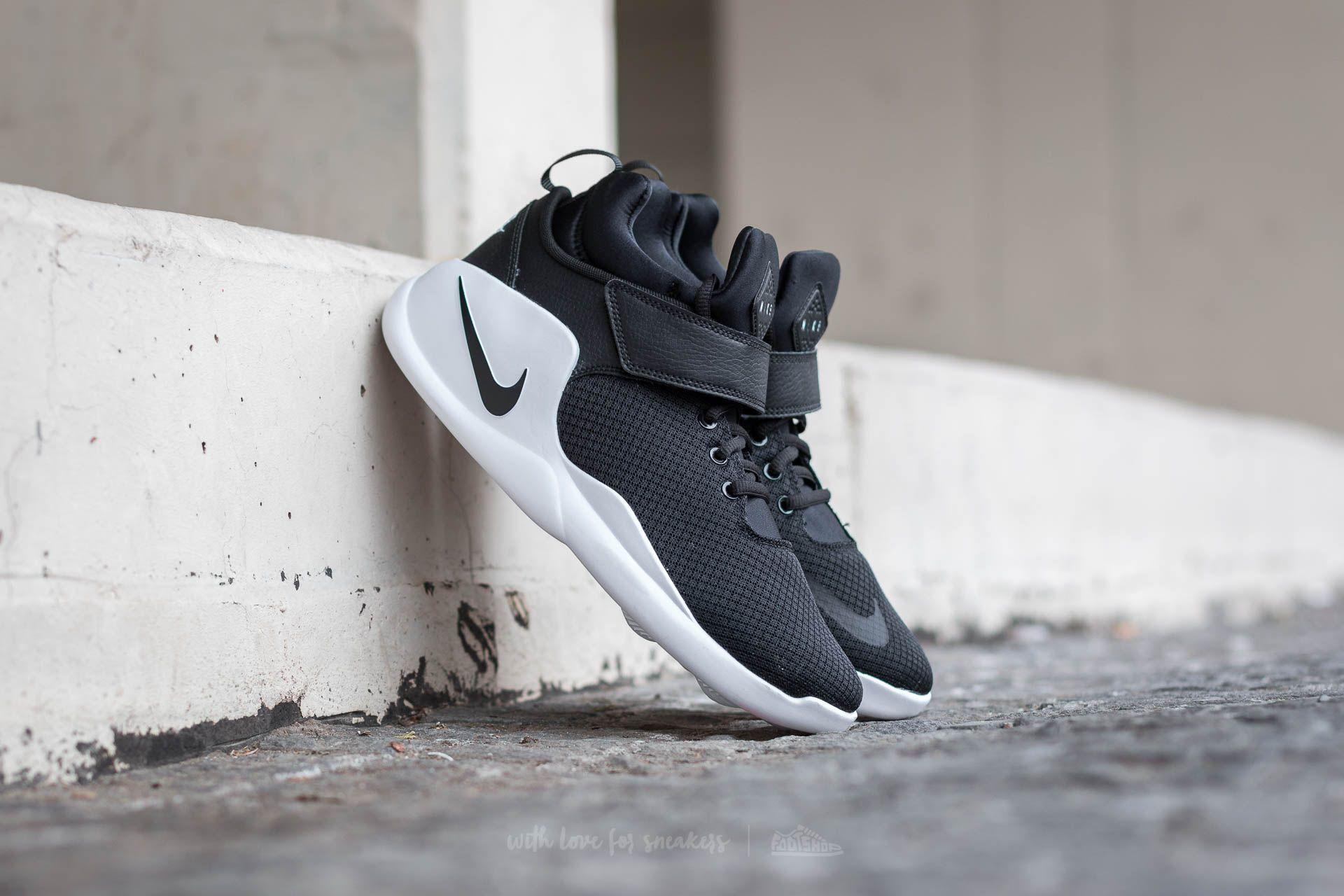 sale retailer 6b1fc 6edb0 Nike Kwazi (GS). Black  Black-White