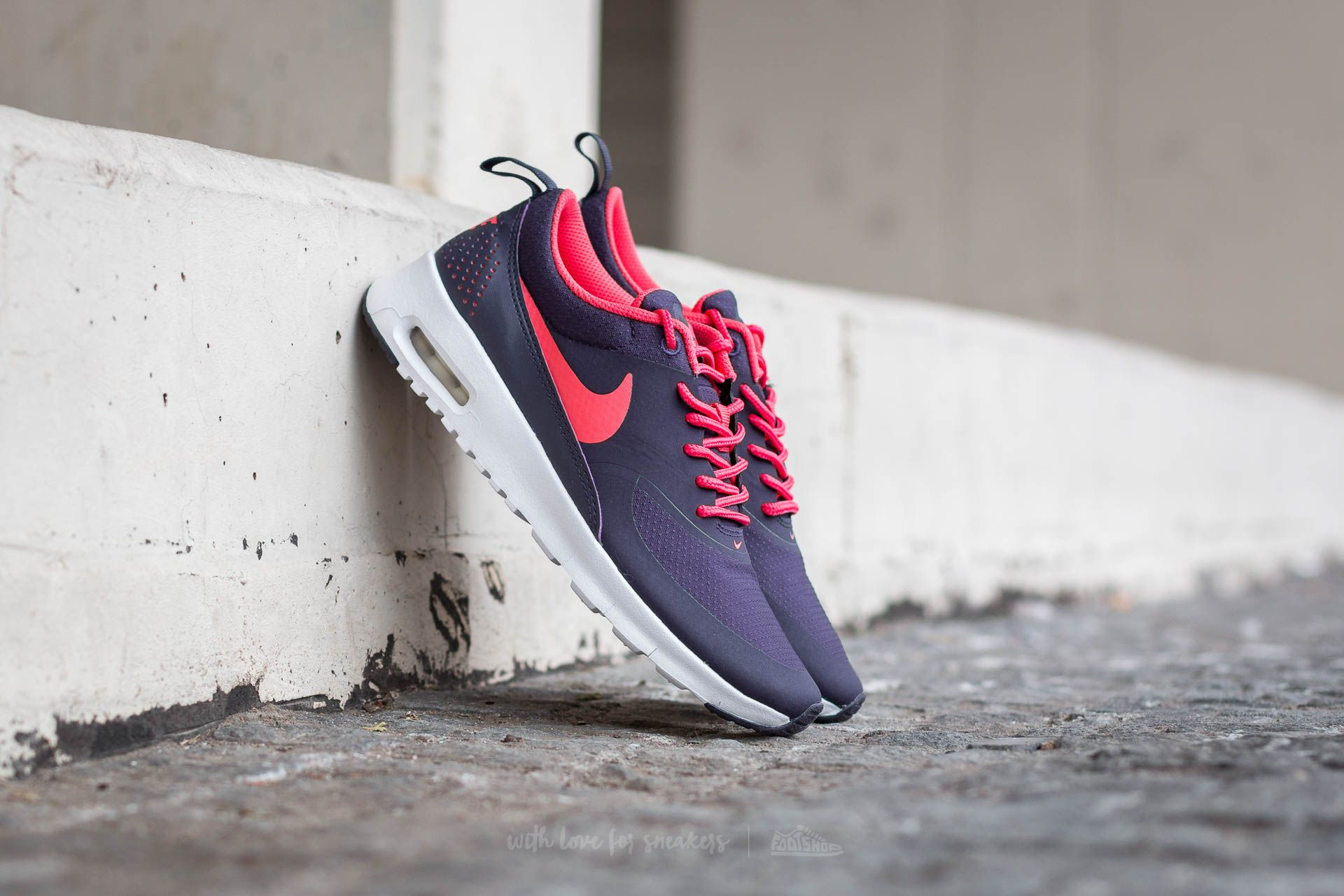 Glow Air Nike Ember Max WhiteFootshop TheagsPurple Dynasty BshdCrtQx