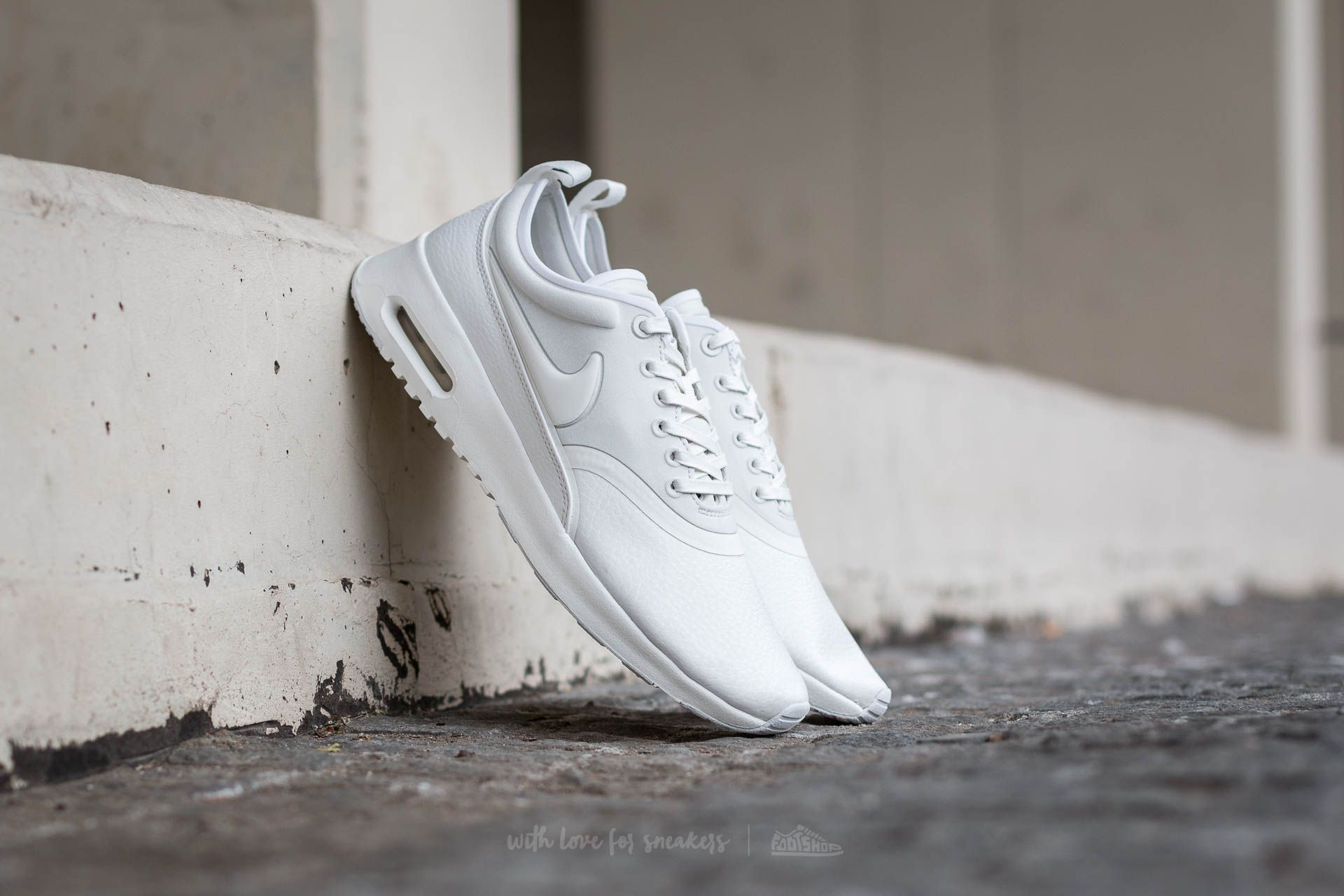 d13a957bdac9 Nike W Air Max Thea Ultra Premium Summit White  Summit White ...