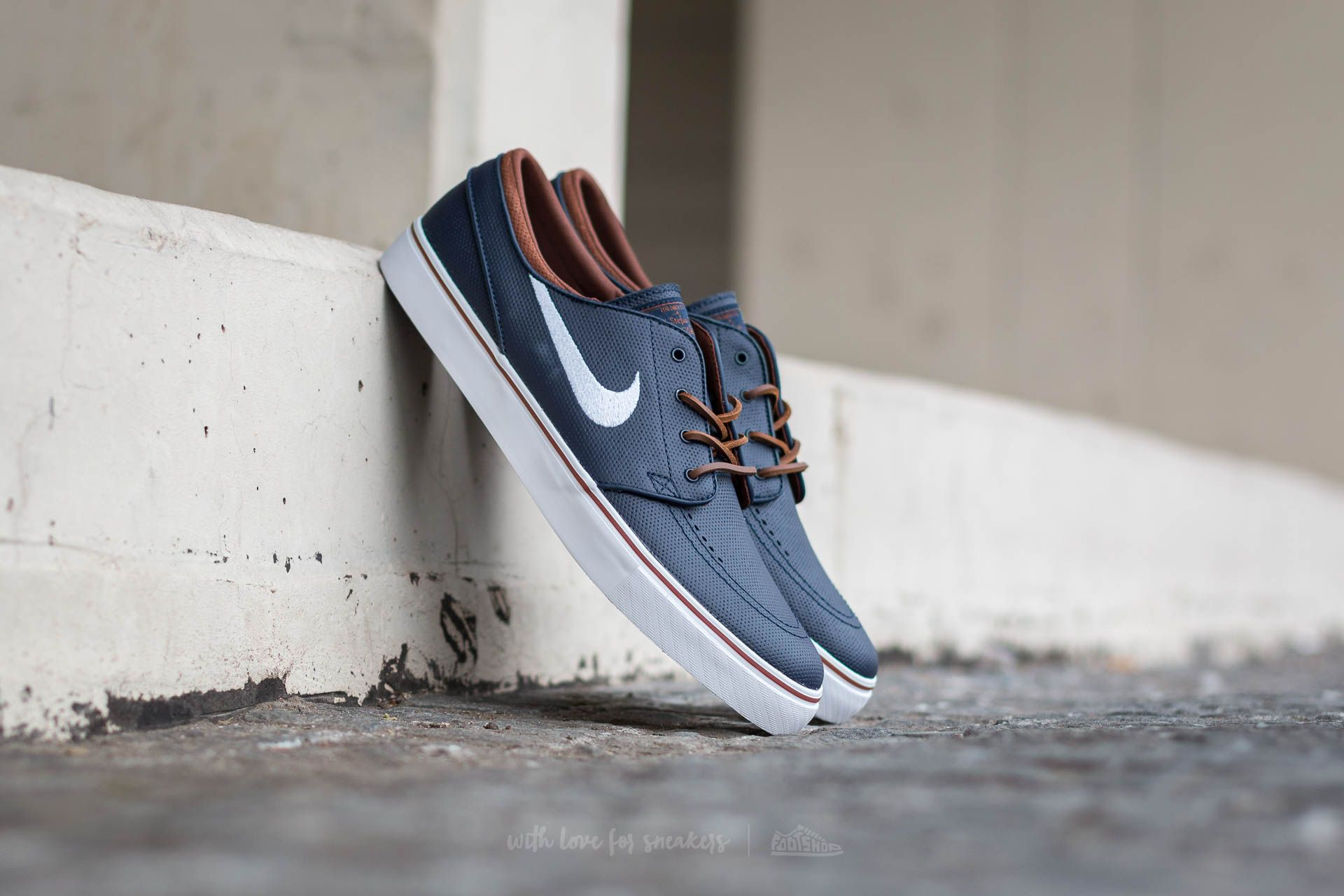 Duque grosor Agregar  Men's shoes Nike Zoom Stefan Janoski OG Obsidian/ White-Rustic-White |  Footshop
