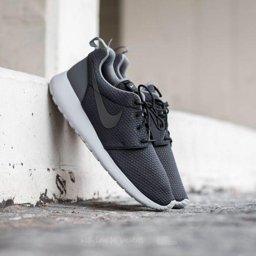 Nike Roshe One SE Black  Anthracite-Dark Grey  e77624a27f0e