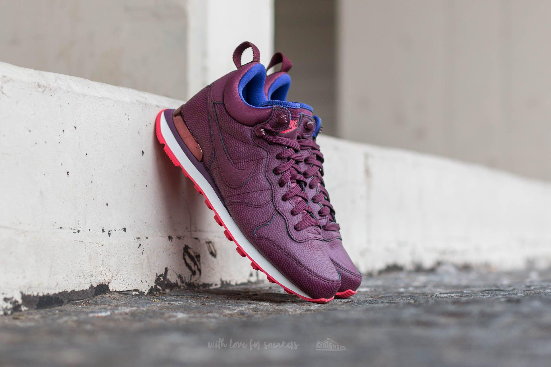 new styles 7227b 08aff Nike W Internationalist Mid Leather