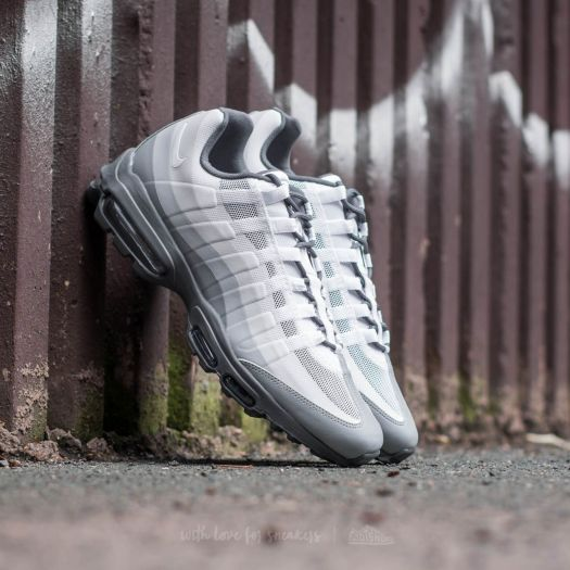 oben Nike Air Max 95 Ultra Essential Stealth White Cool Grey