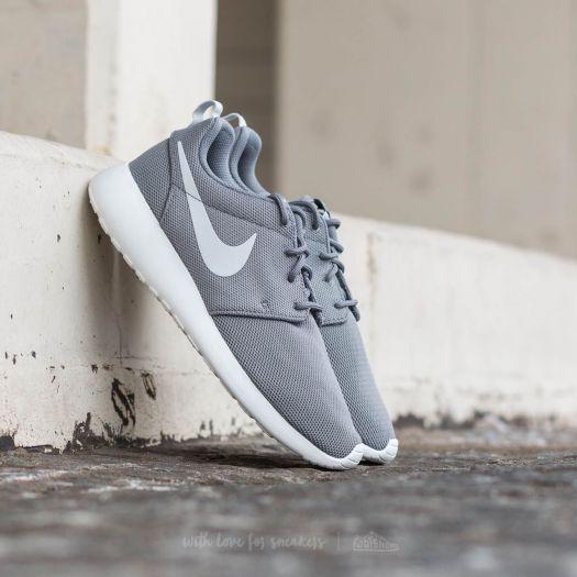 Nike W Roshe One Cool Grey  Pure Platinum  d3b51453bd48