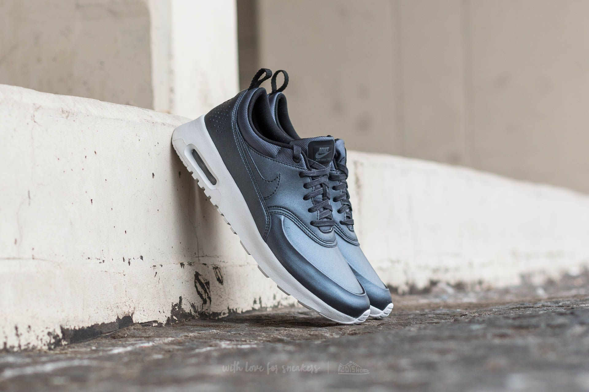 1070007768 Nike W Air Max Thea SE Metalic Hematite/ Metalic Hematite   Footshop