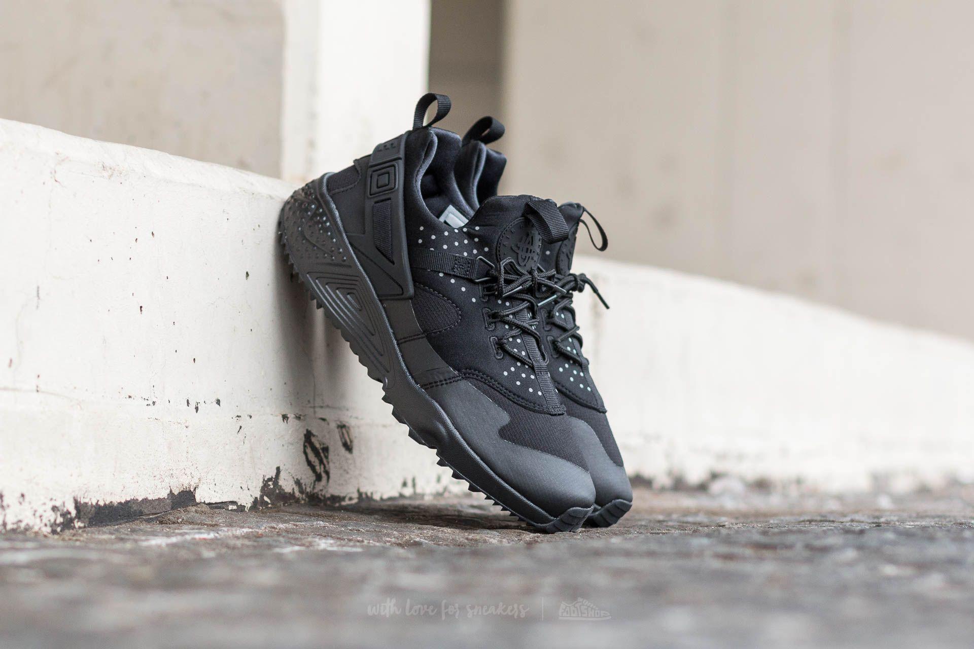 86a6a56364607 Nike Air Huarache Utility Black  Black-Black