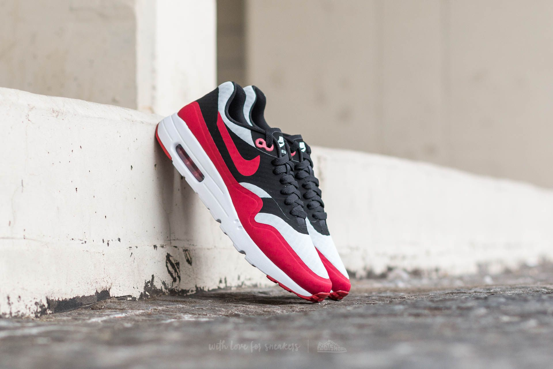 738ee3c4483 Nike Air Max 1 Ultra Essential Pure Platinum  Gym Red-Black