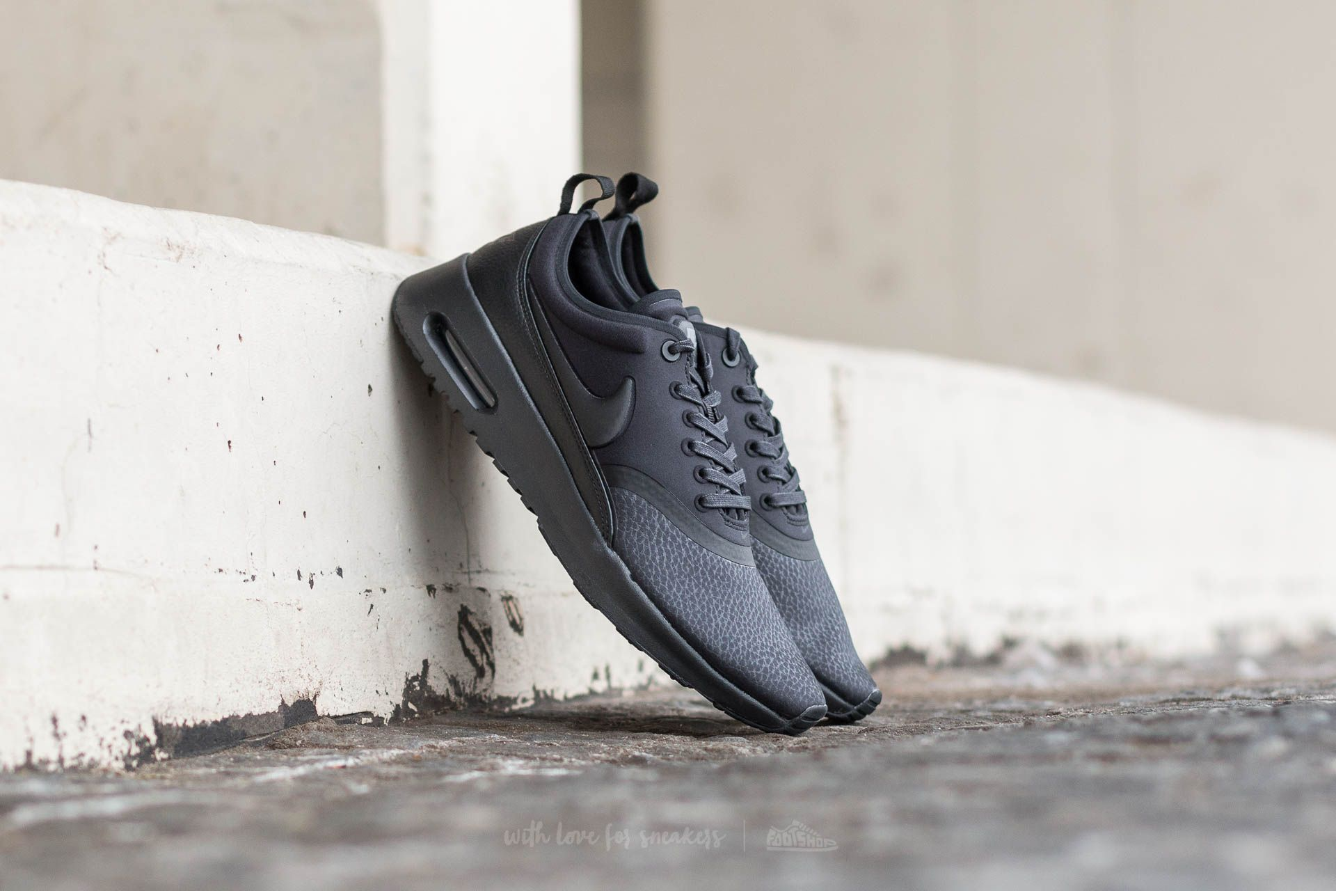 43cefd6f5ebe0 Nike W Air Max Thea Ultra Premium Black  Black-Cool Grey
