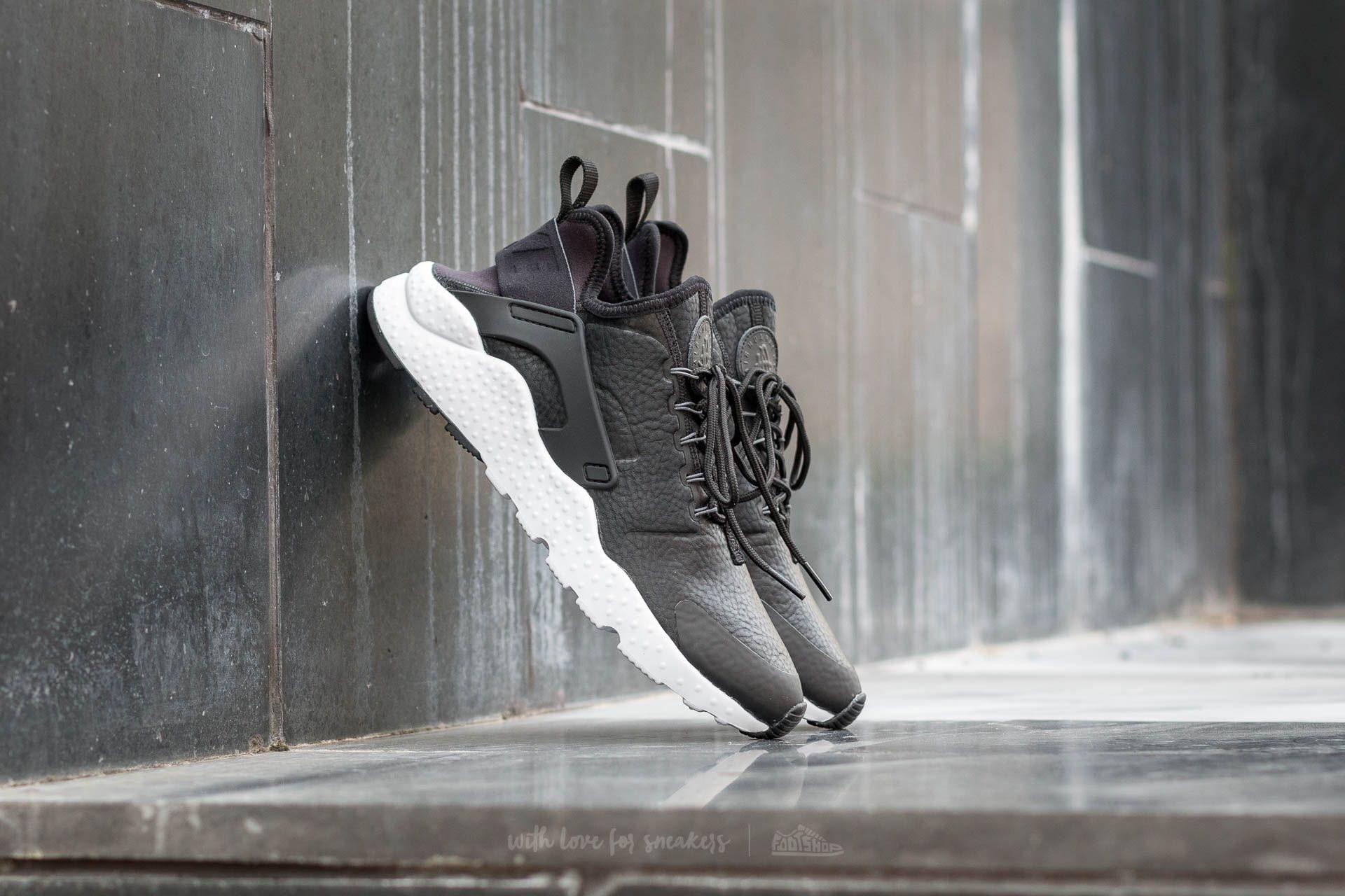 Cuña Reparador vacío  Women's shoes Nike W Air Huarache Run Ultra Premium Black/ Dark Grey-White  | Footshop