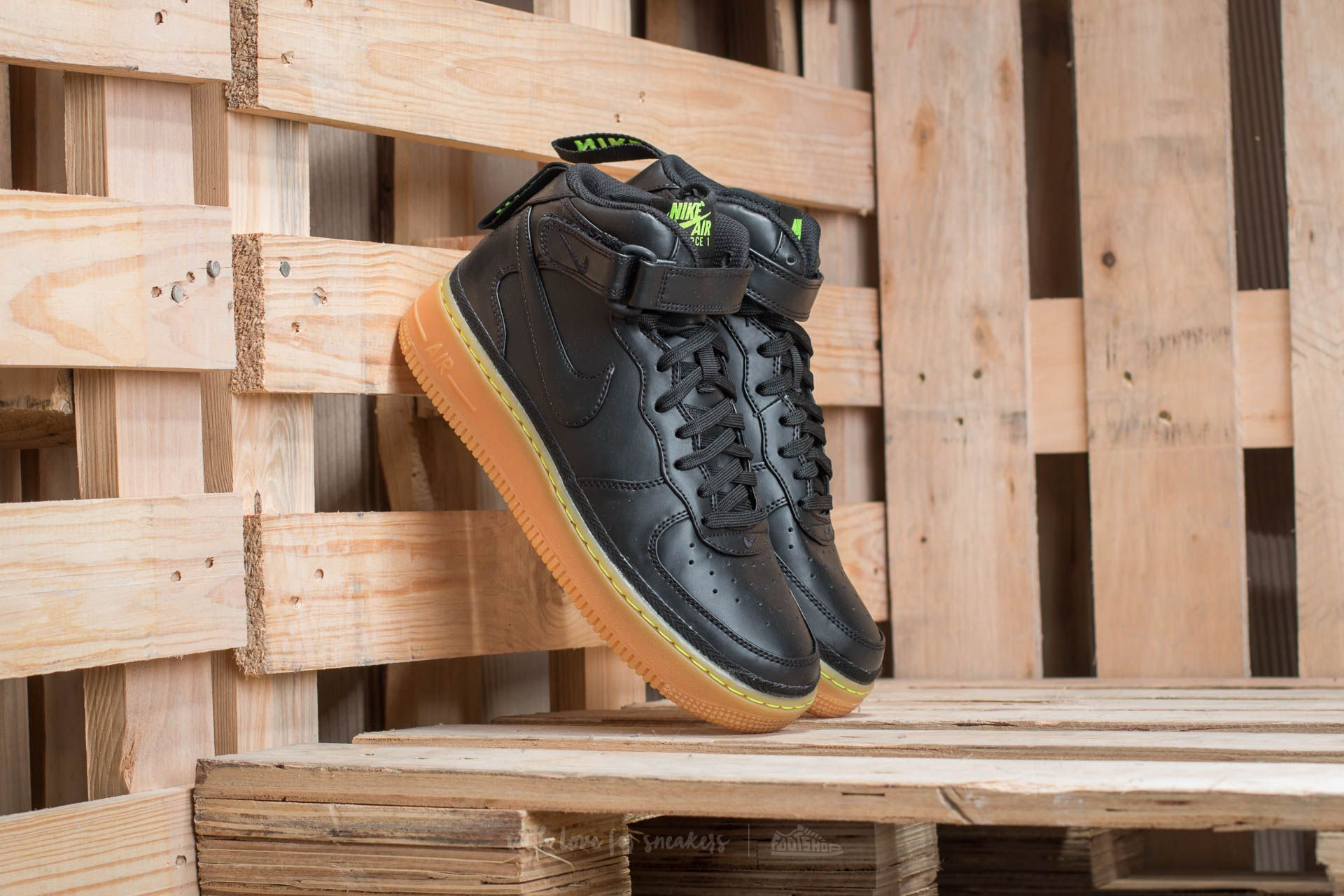 new concept fc299 9dbce Nike Air Force 1 Mid LV8 (GS). Black  Black-Gum Light Brown