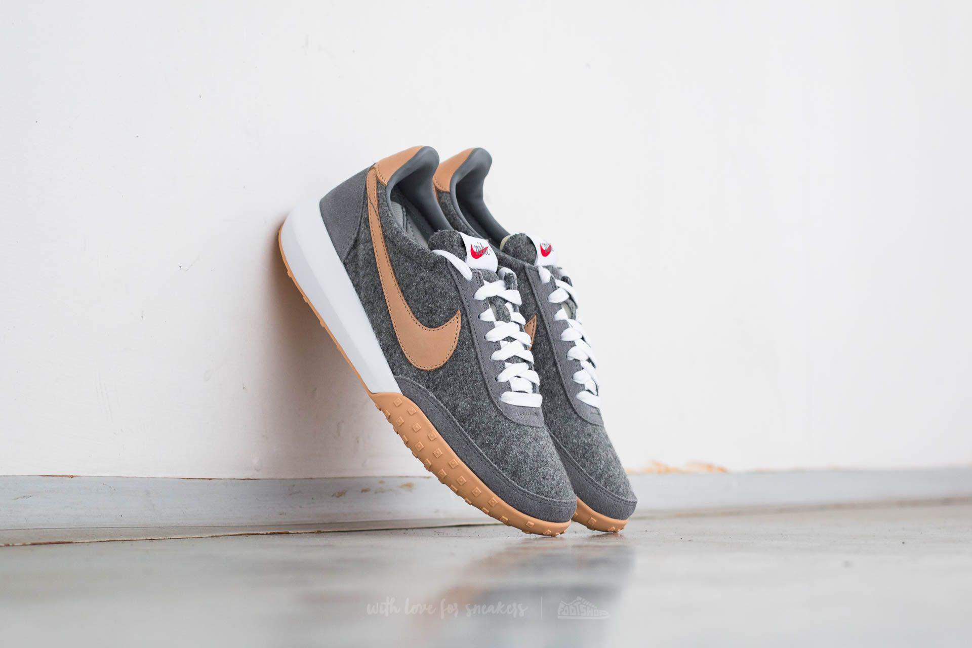 Women's shoes Nike W Roshe Waffle Racer